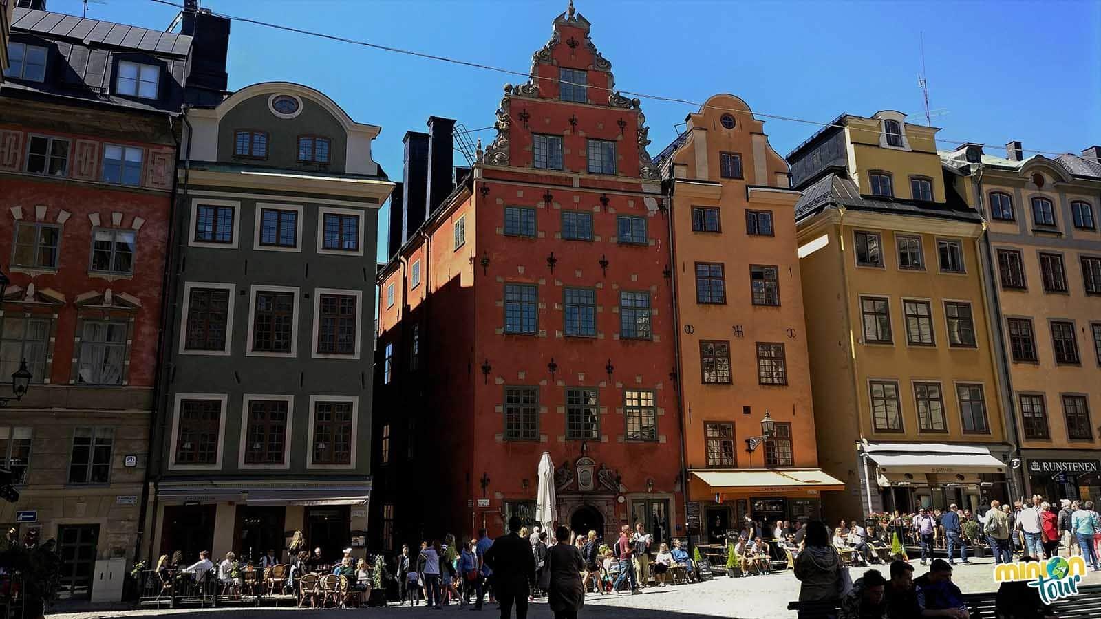 La Plaza de Stortorget es uno de los lugares que tienes que ver en Estocolmo