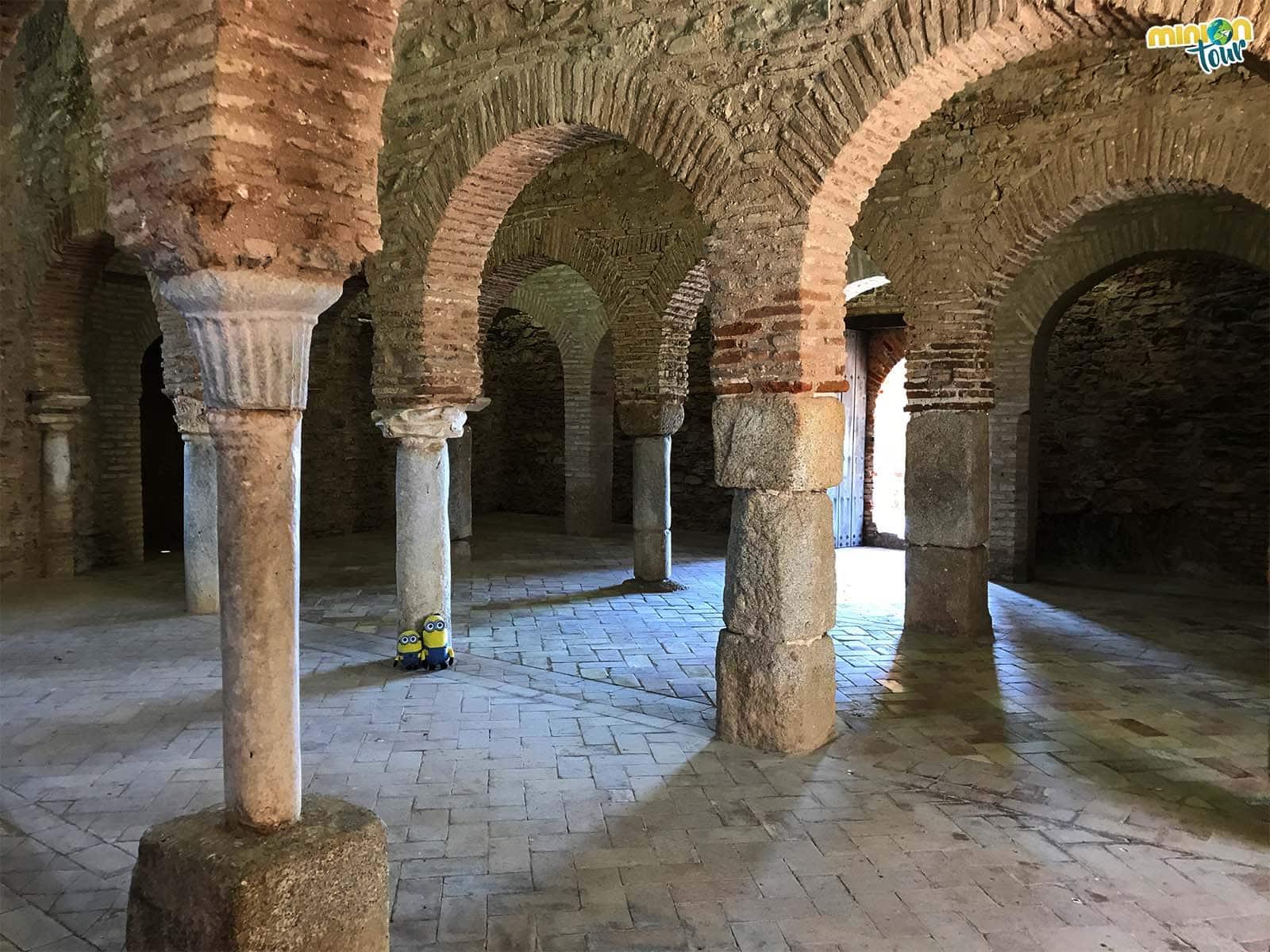 Los arcos de herradura de la mezquita son otras de las maravillas que tienes que ver en Almonaster la Real