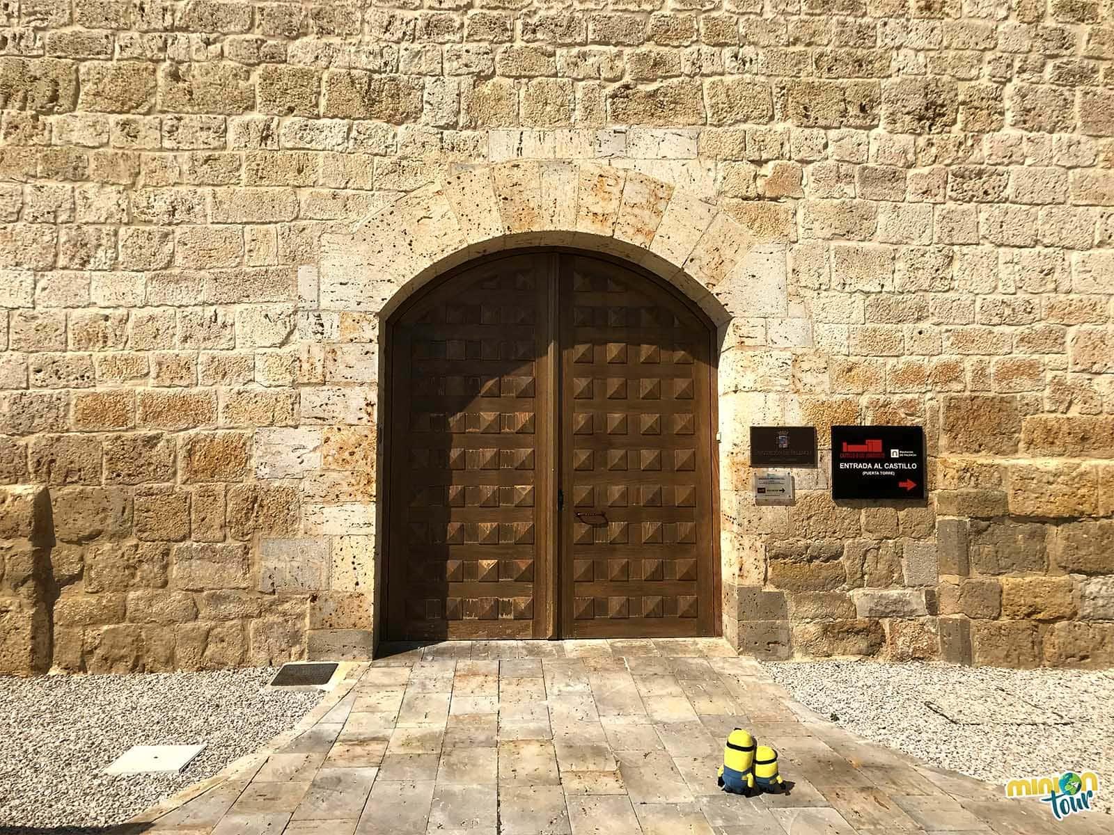 Una de las puertas del Castillo de los Sarmiento