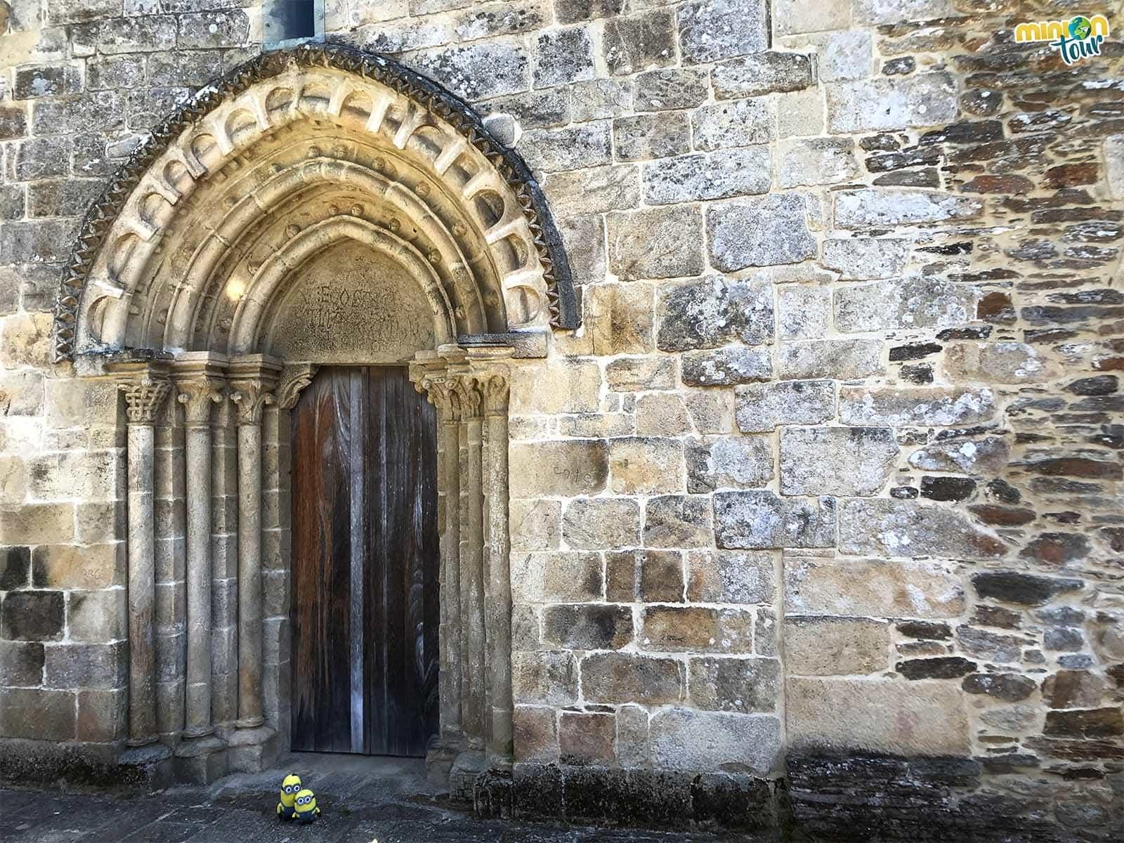 Puerta de Santo Estevo de Atán