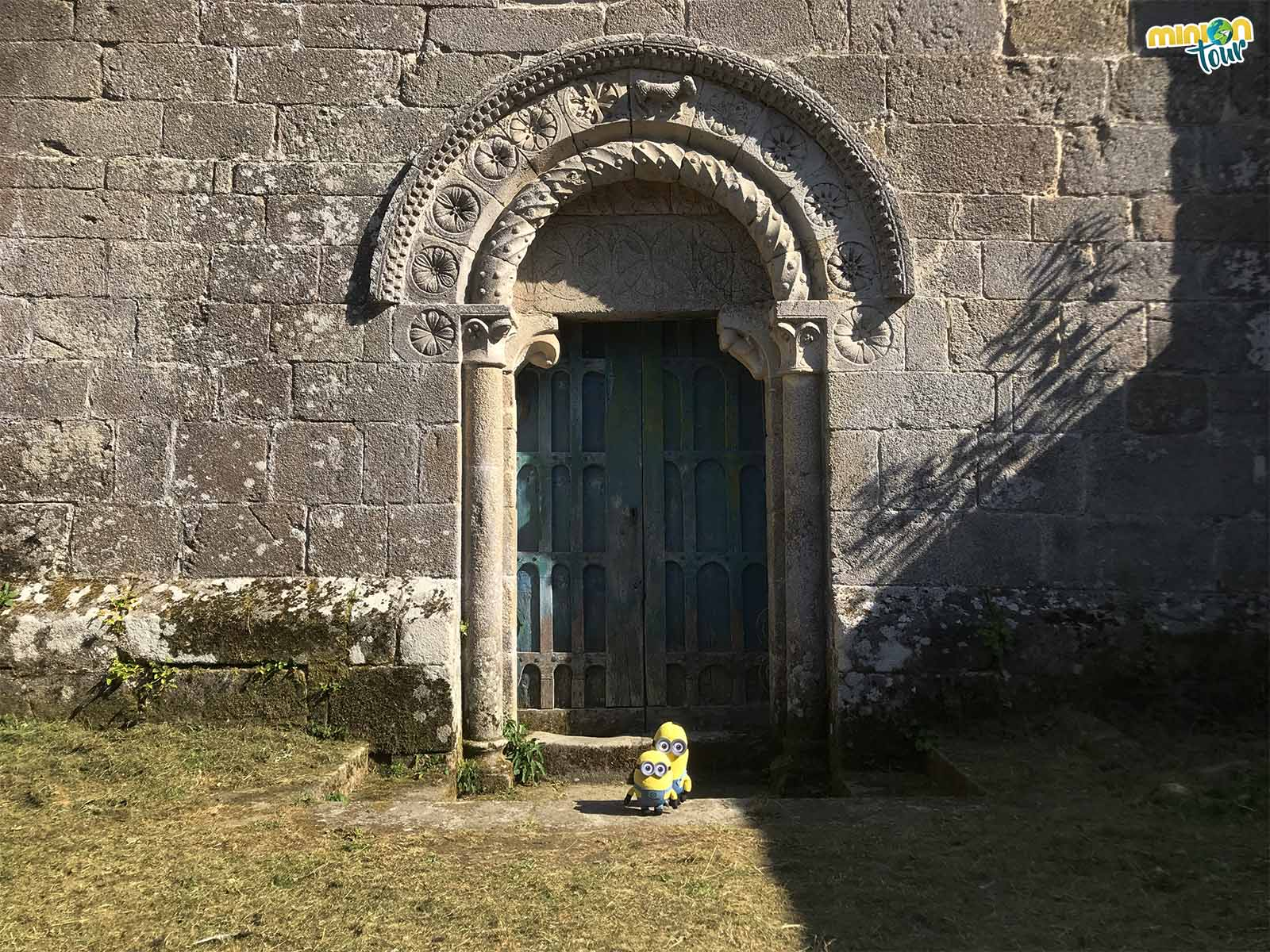 Puerta de la Iglesia de San Miguel de Eiré