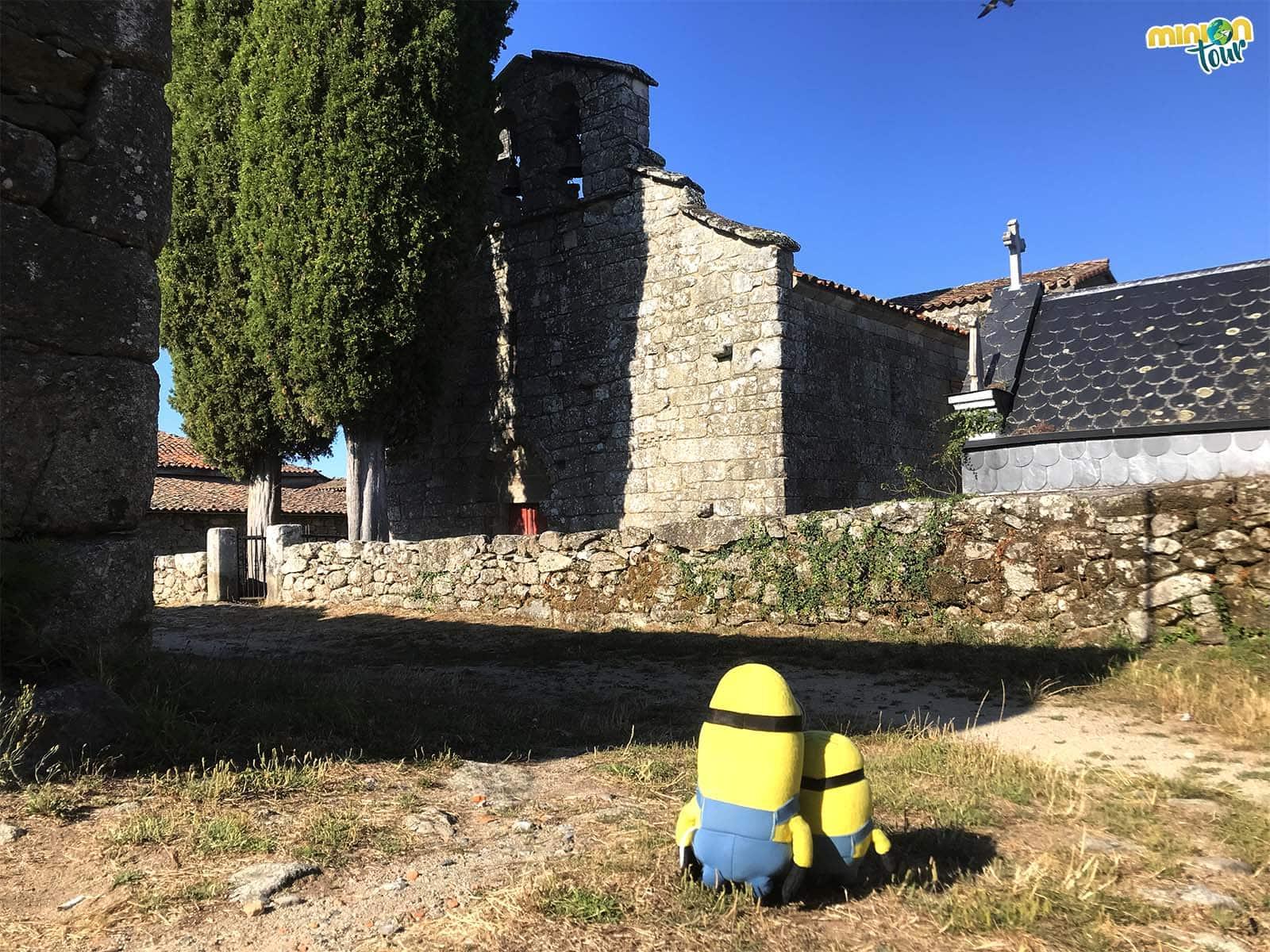 En nuestra ruta del románico de la Ribeira Sacra conocimos la Iglesia de San Fiz de Cangas