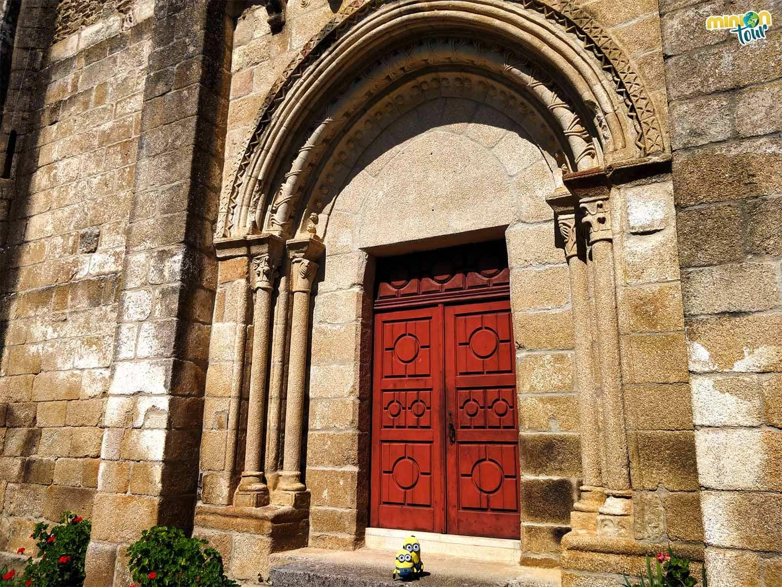 Portada de San Vicente Do Pombeiro