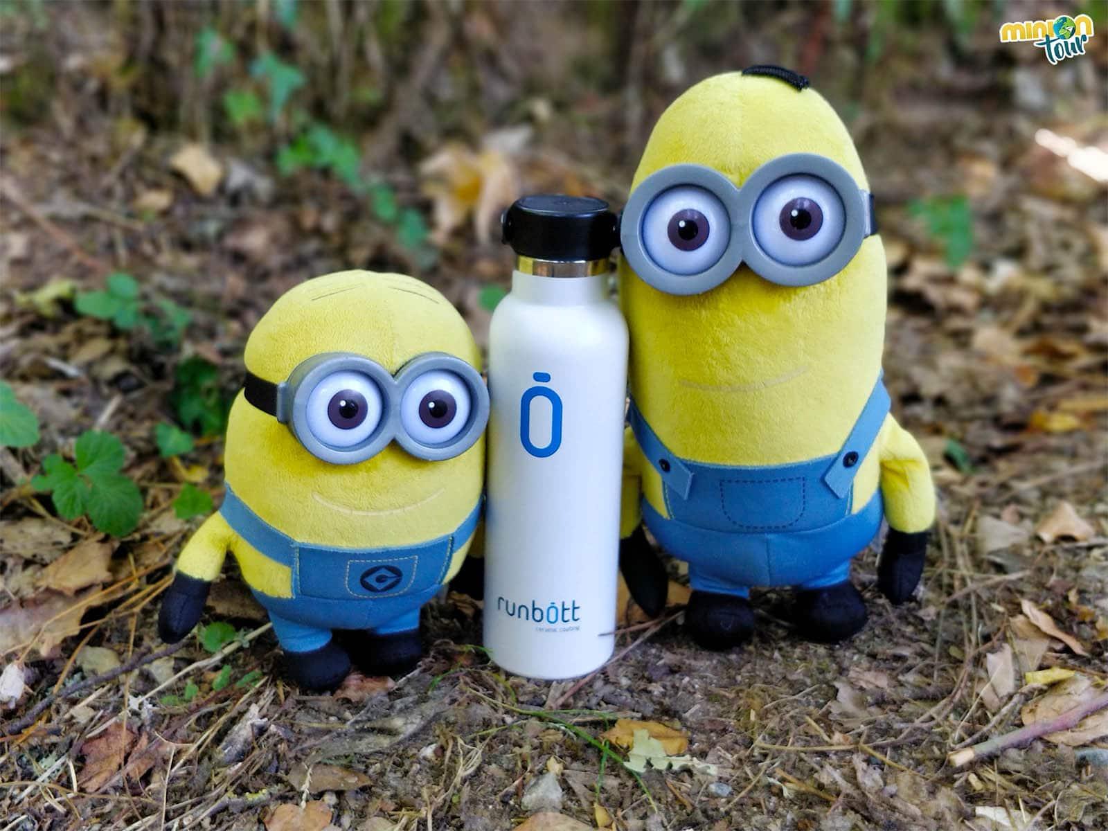 Llevar una botella de agua rellenable ayuda a ser más Viajeros Responsables