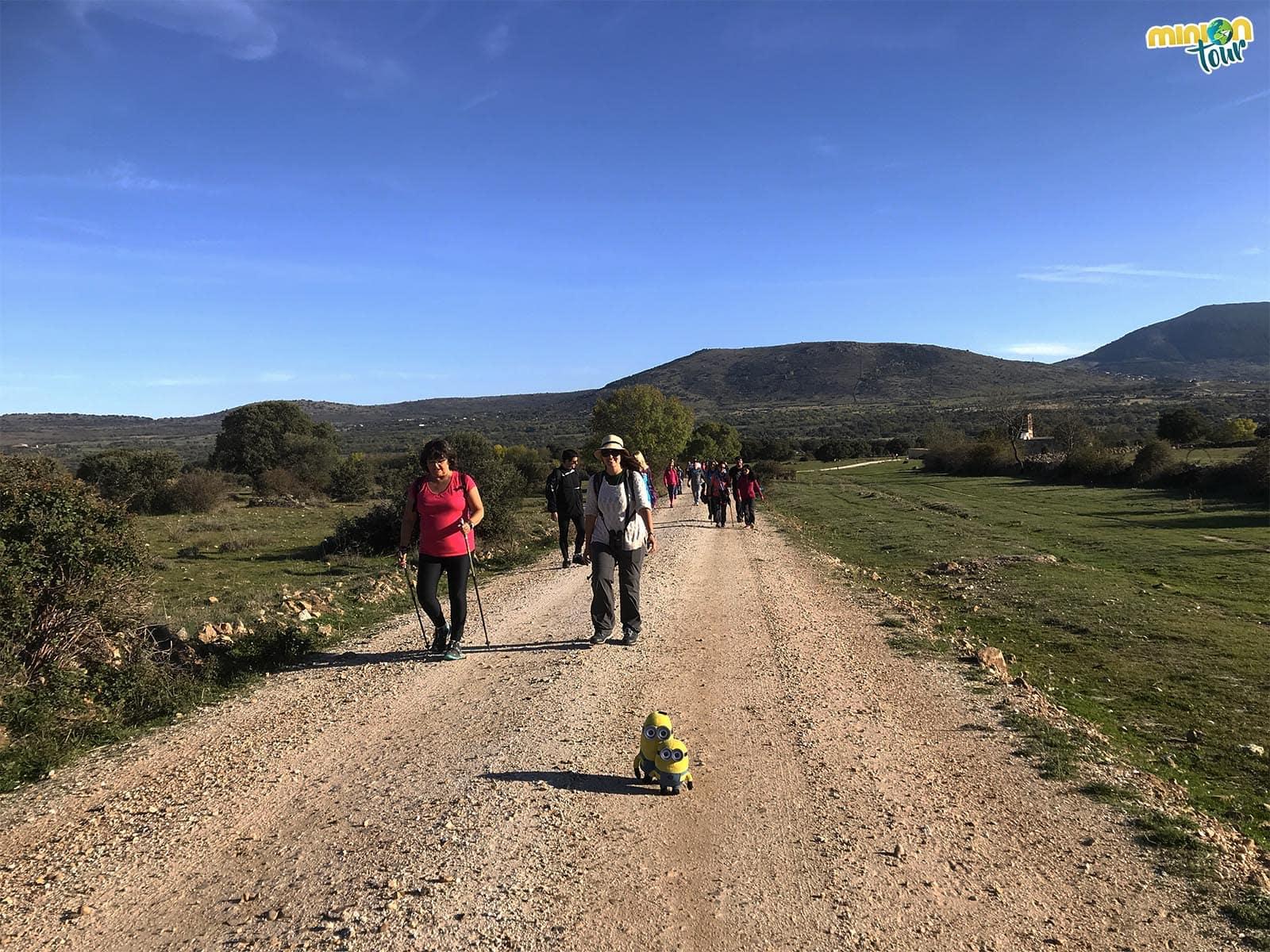 Camino hacia Gargantilla del Lozoya