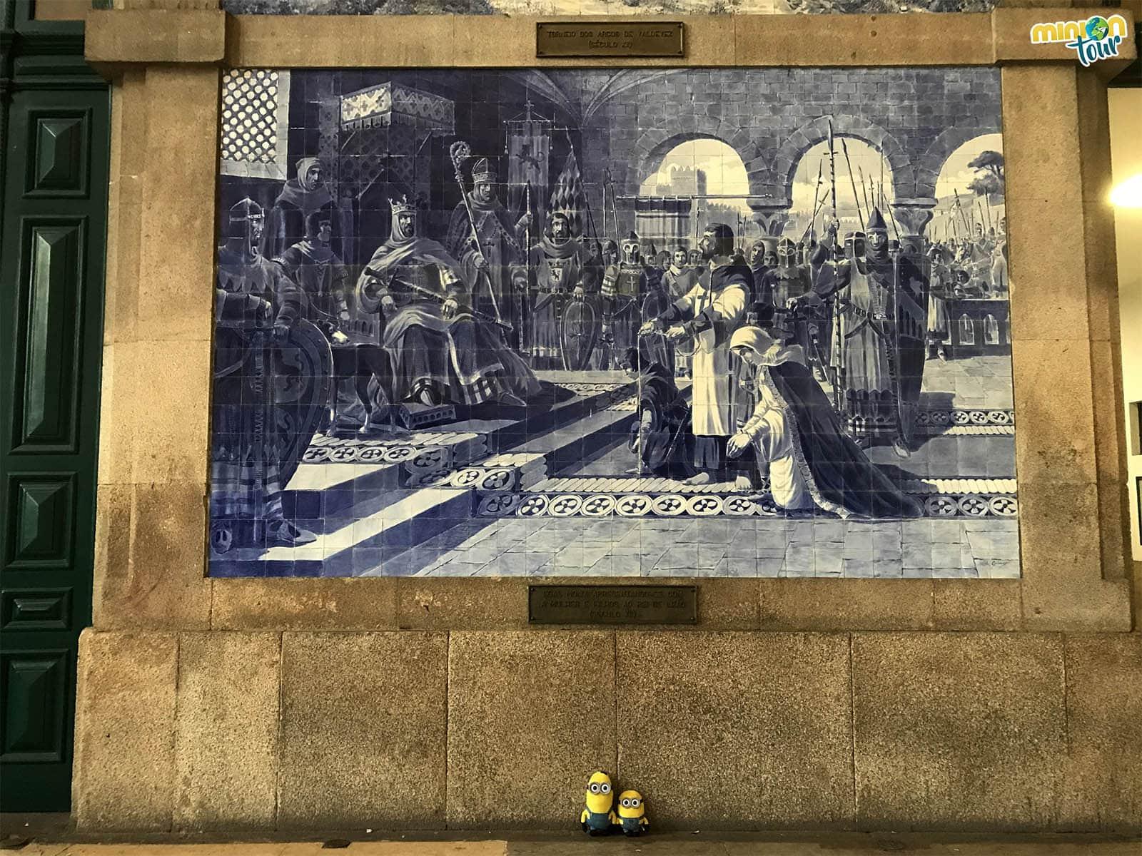 No te pueder la Estación de San Bento, sin duda uno de los sitios que ver en Oporto en un fin de semana