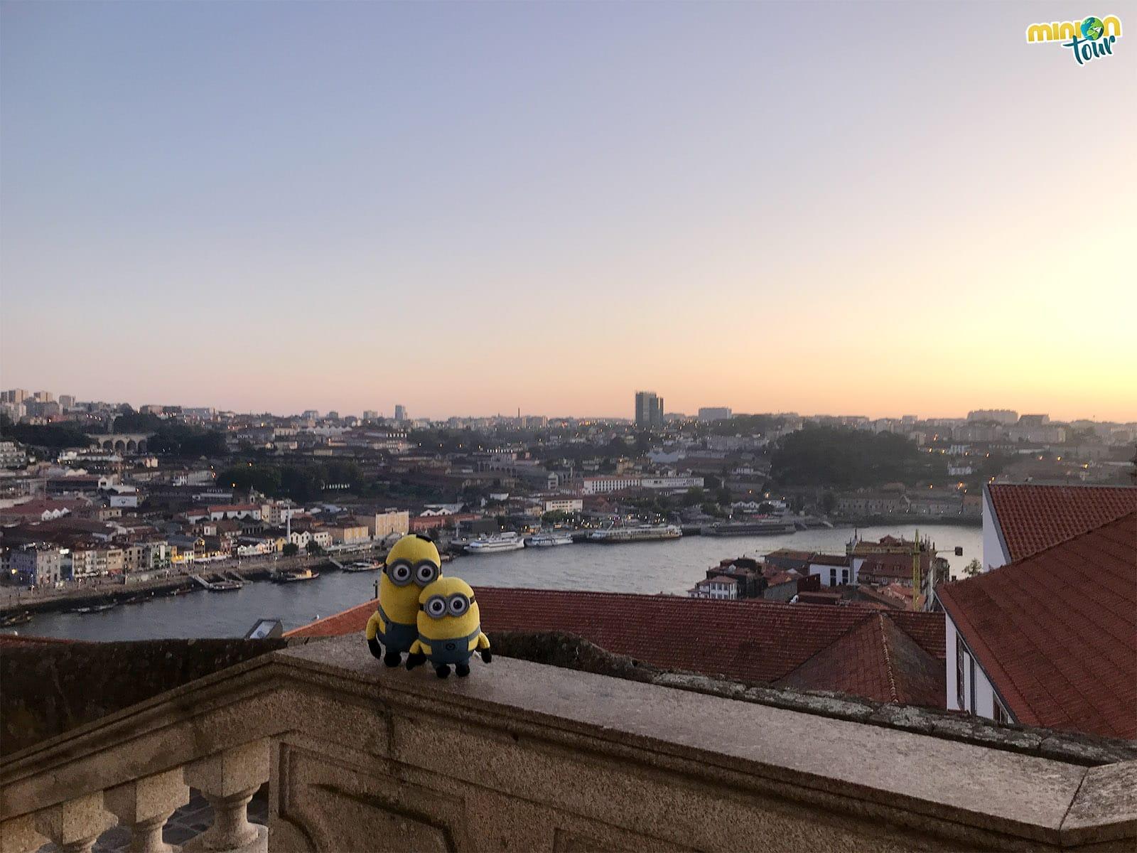 El sol se empieza a esconder en Oporto