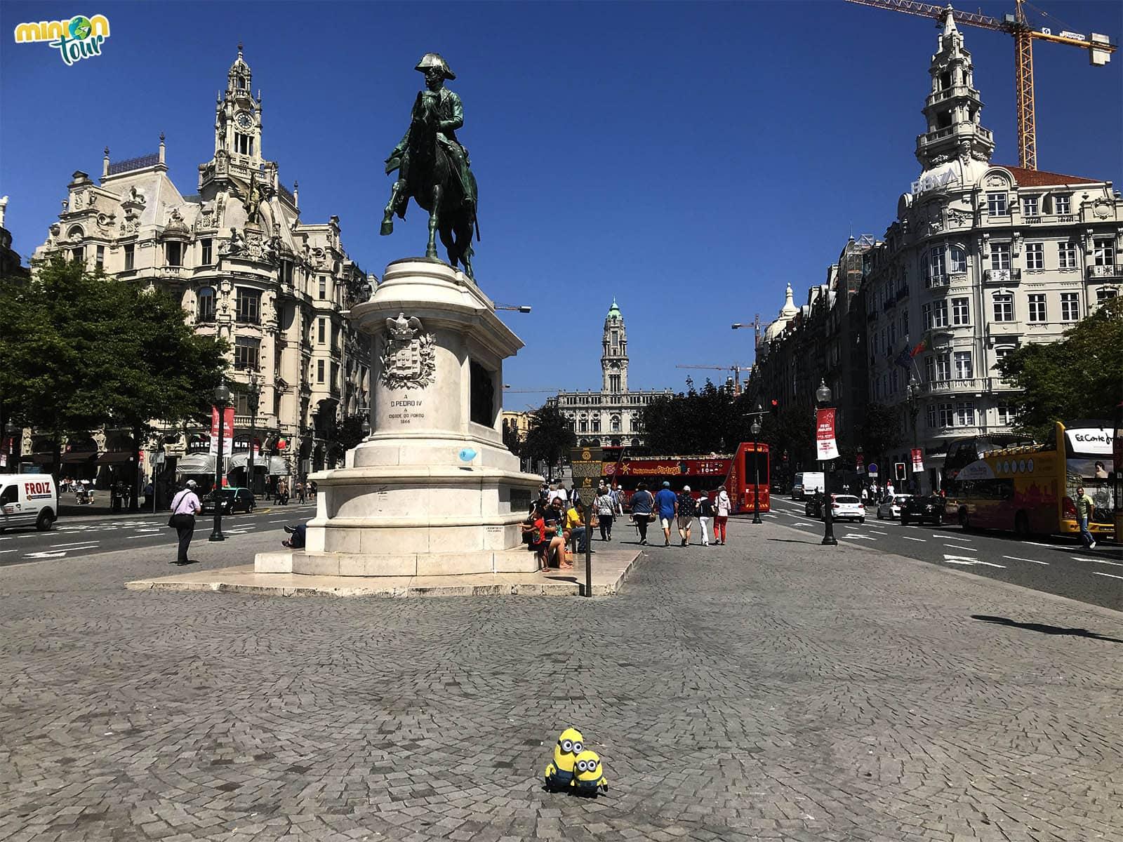 Pedro IV en la Avenida de los Aliados