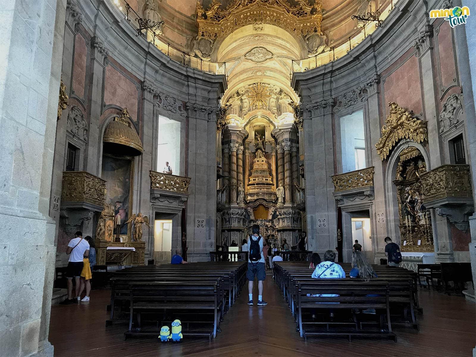 Interior de la Iglesia de Los Clérigos
