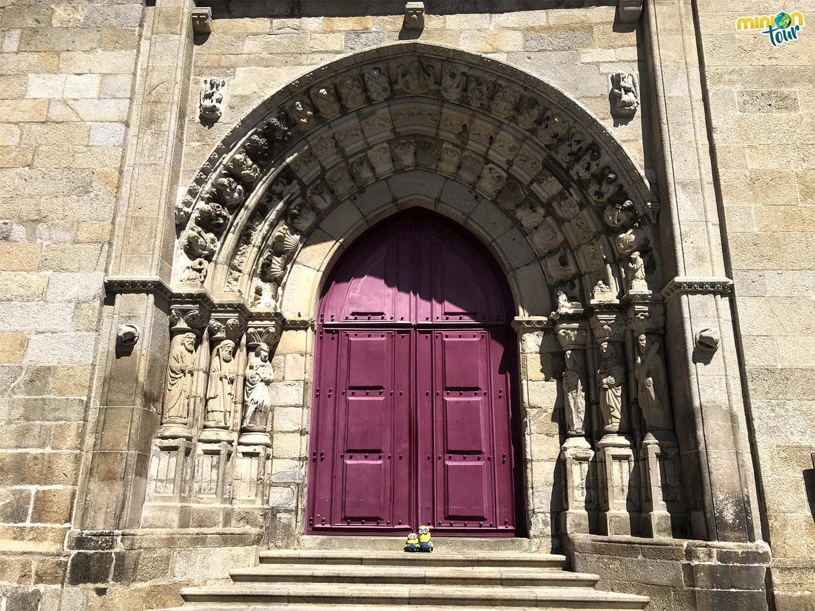 Portada de la catedral, una de las cosas que tienes que ver en Viana do Castelo