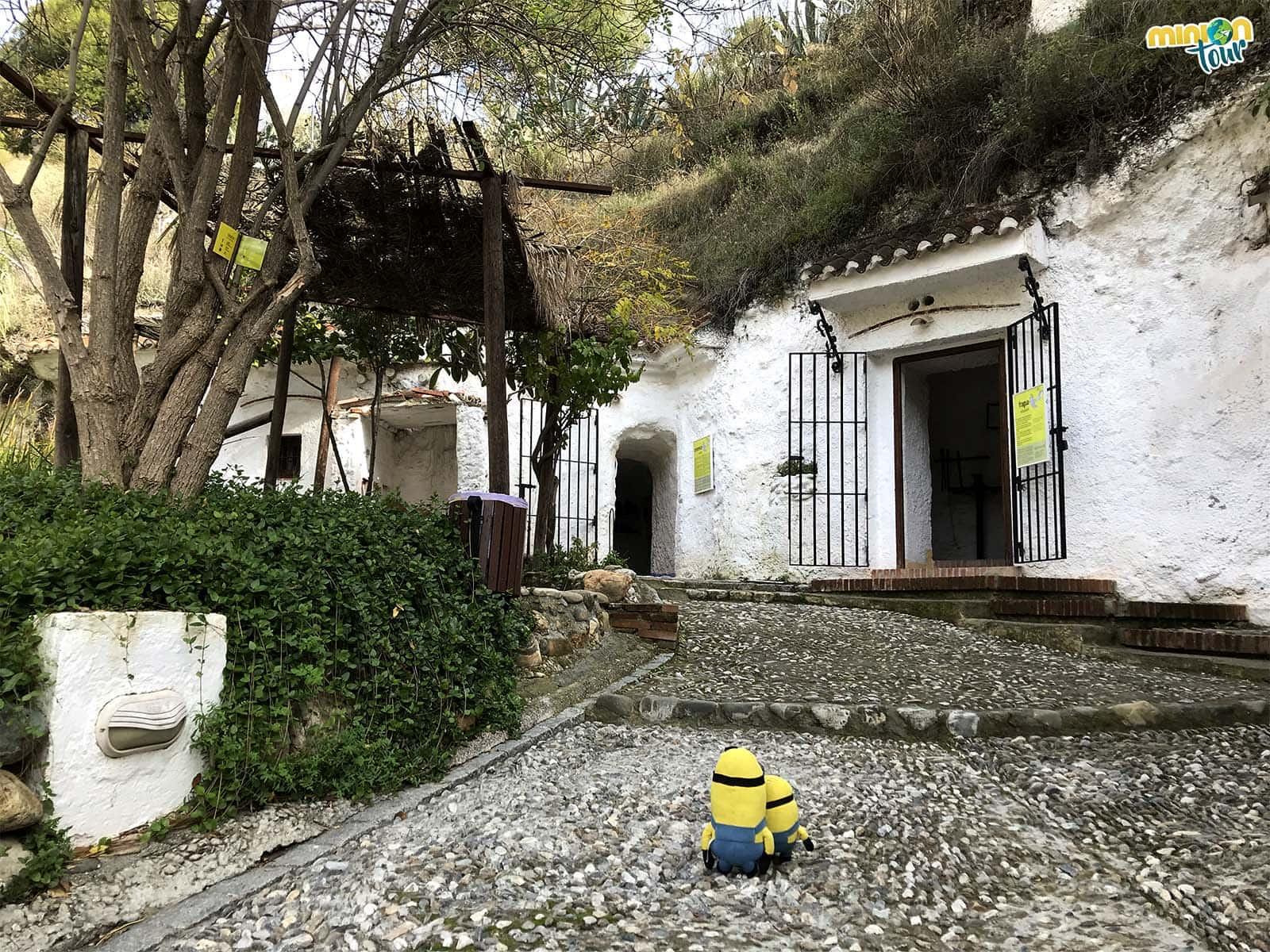 El Museo de las Cuevas del Sacromonte es uno de los sitios que tienes que ver en Granada