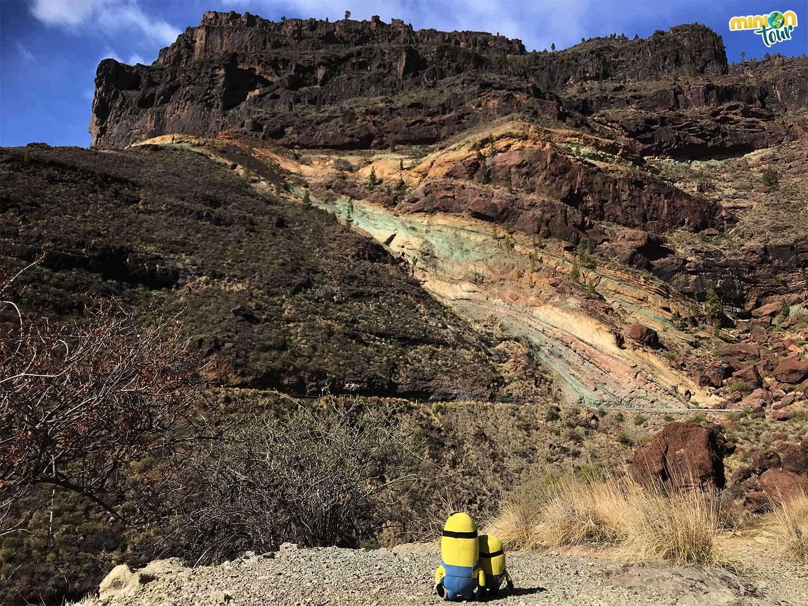 Un imprescindible que ver en Gran Canaria, los Azulejos de Veneguera