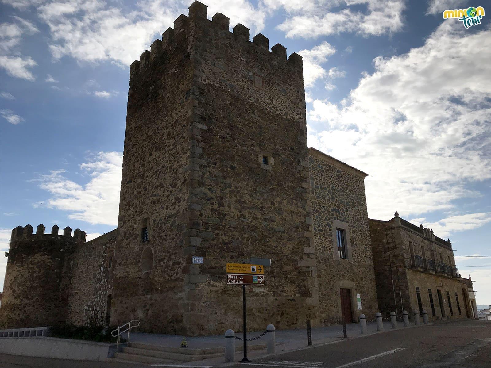 2 Minions en el Castillo Palacio de los Altamirano