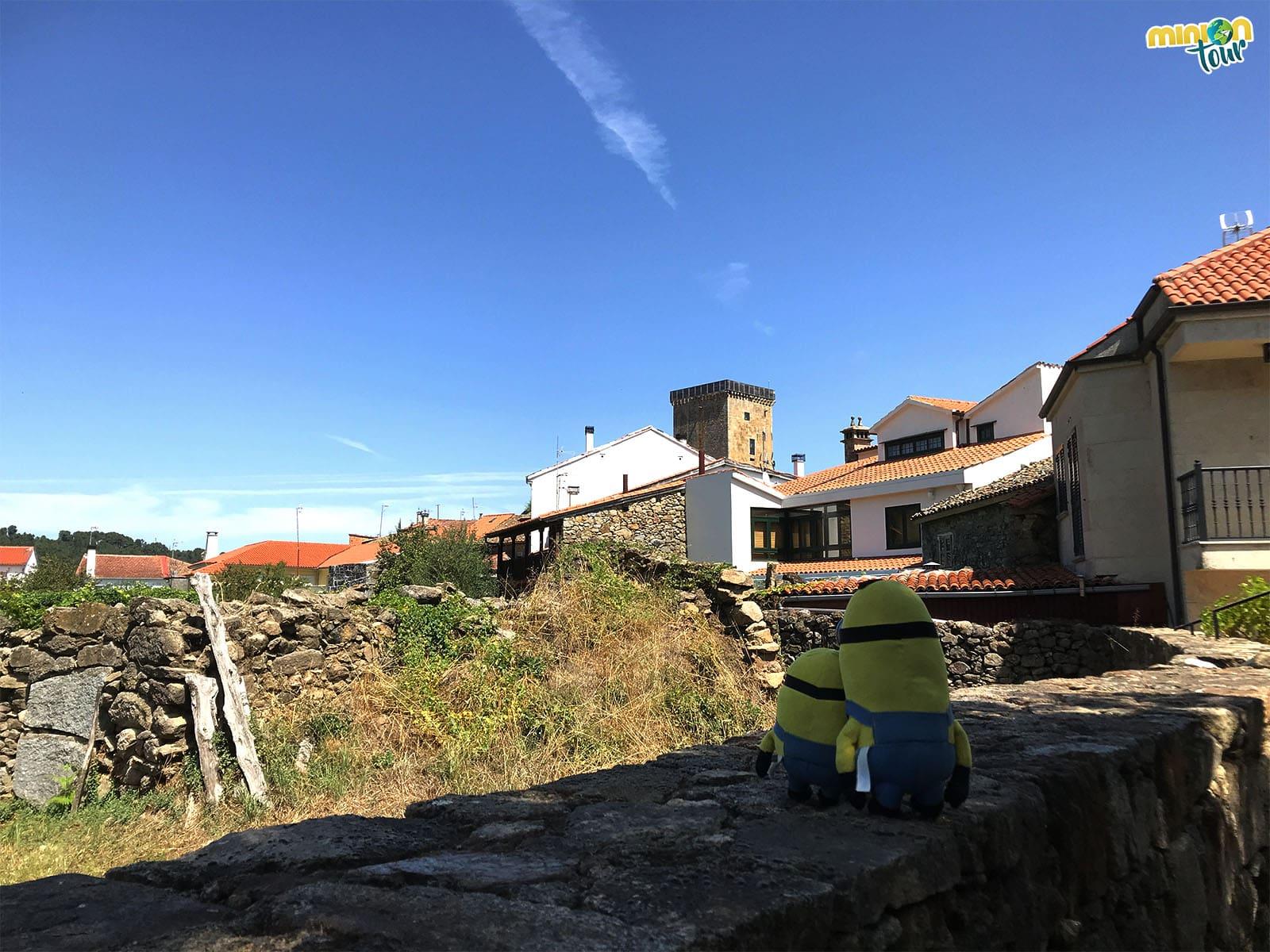Minions recorriendo Vilanova dos Infantes