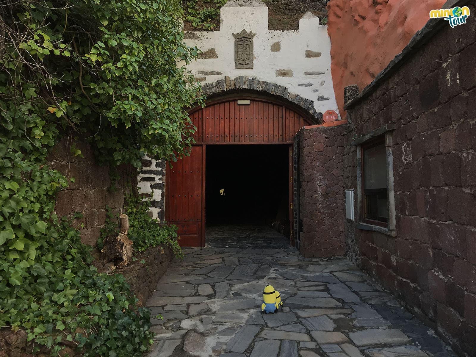 Entrada al Mirador de la Cilla, otro de los que tienes que ver en Artenara