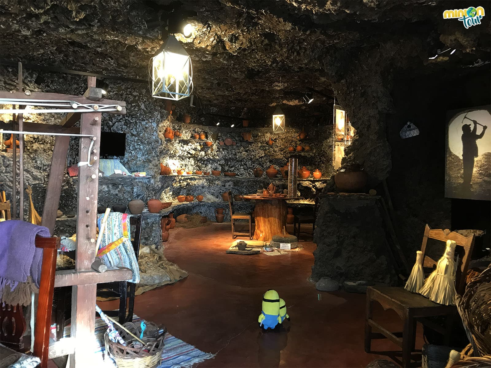 Interior de una casa cueva en Artenara