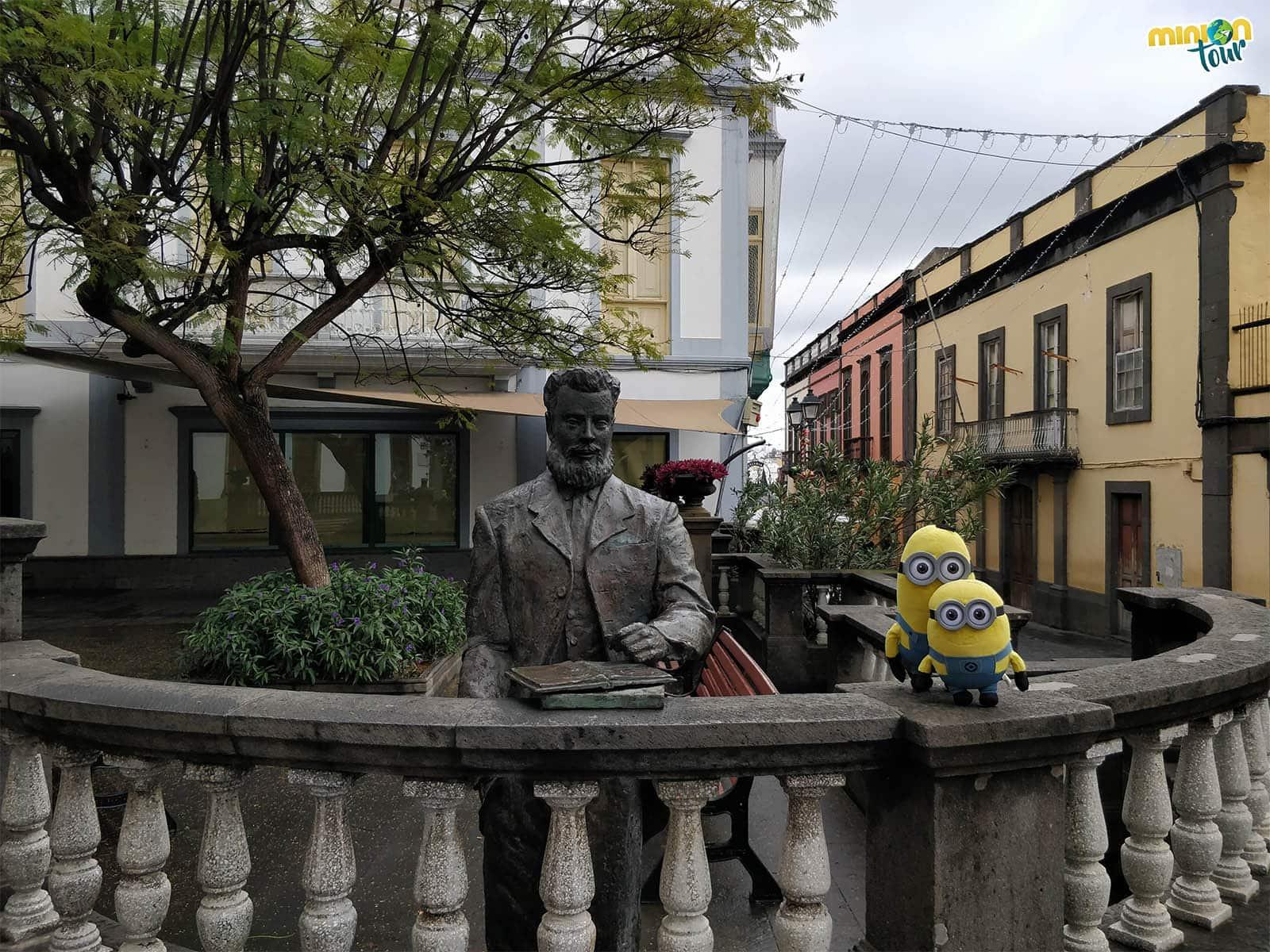 Estatua de Domingo Rivero