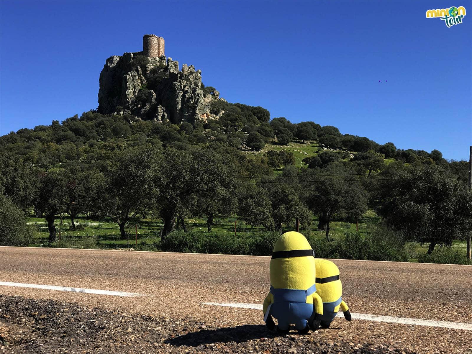 Vista del Castillo de Almorchón, otra parada en nuestra ruta por la Comarca de La Serena