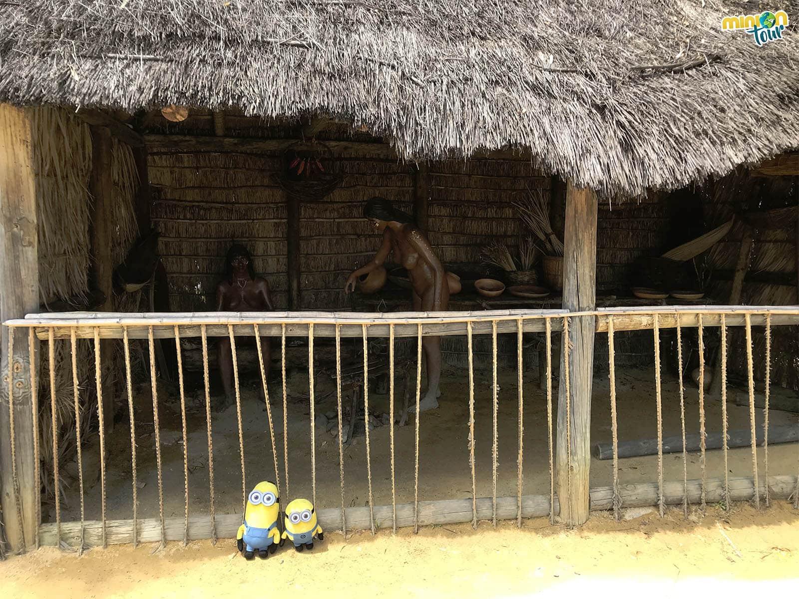 Indígenas en la Isla del Encuentro