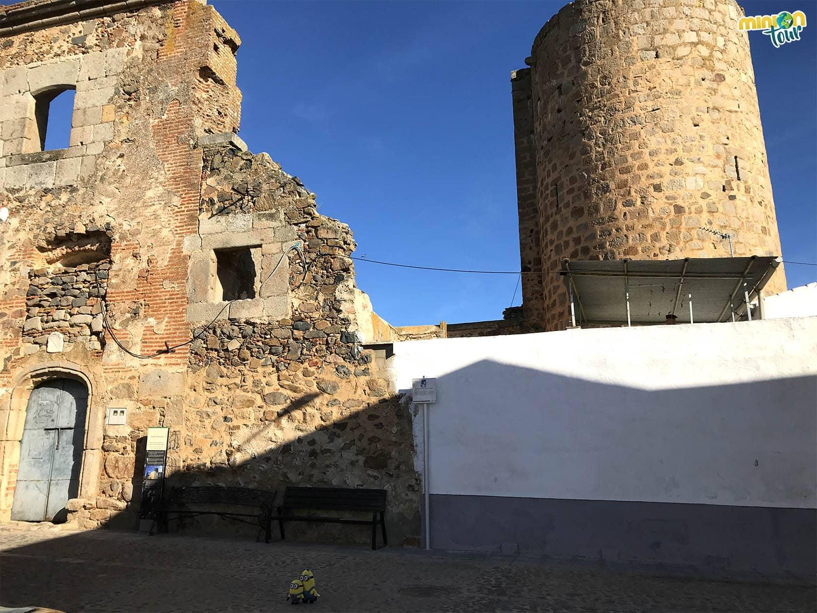 Este pueblo de Extremadura también tiene un castillo