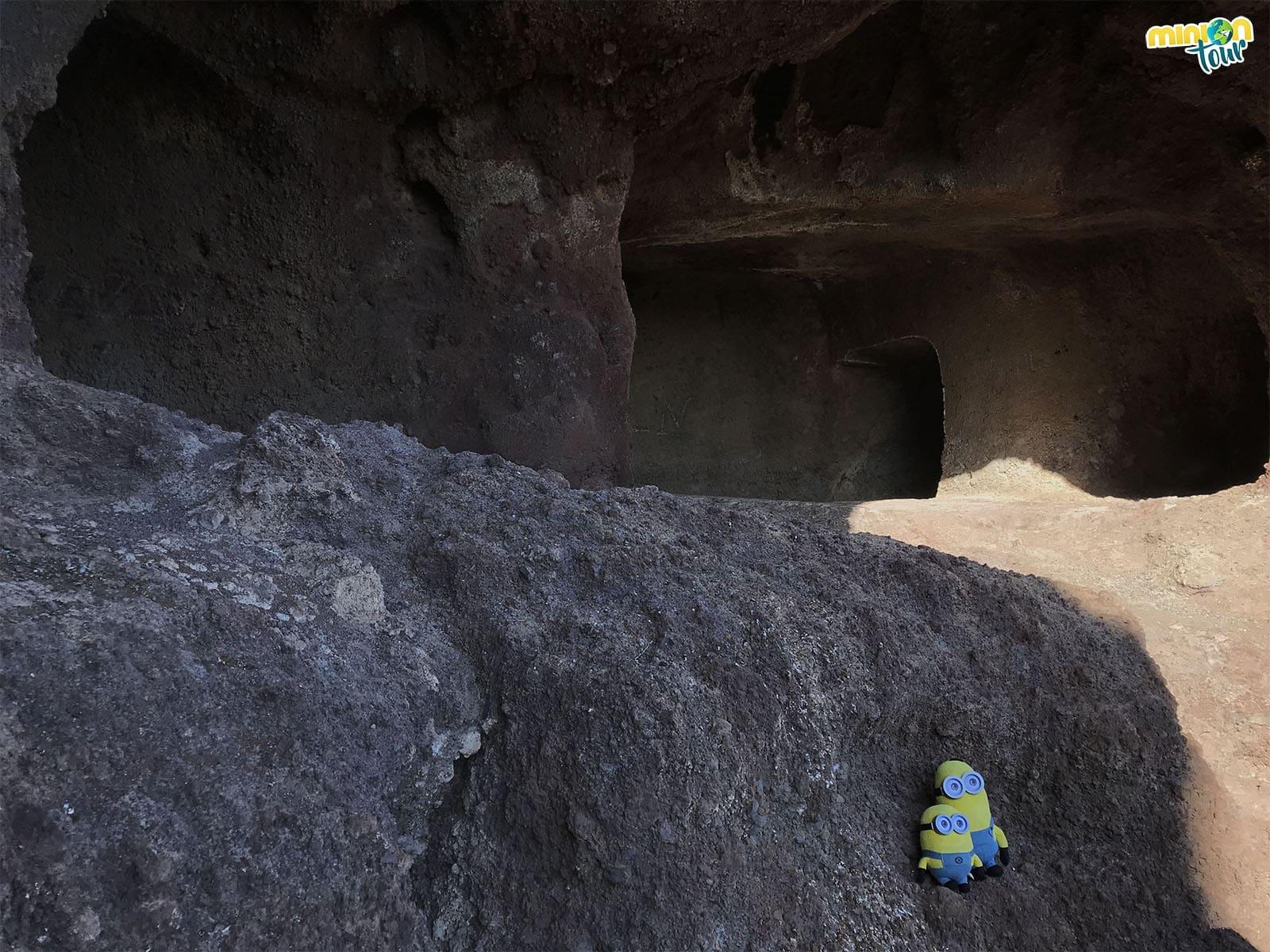 Cueva de los Pilares