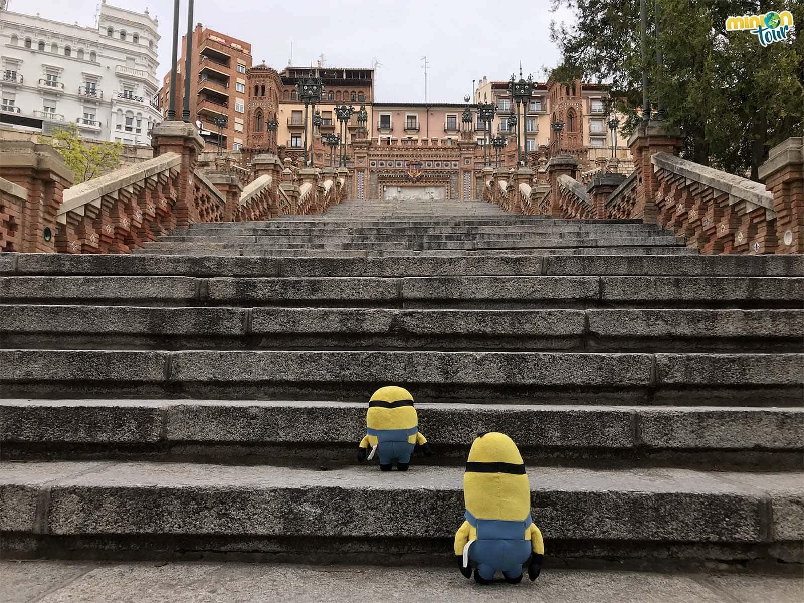 Subiendo los escalones de la Escalinata
