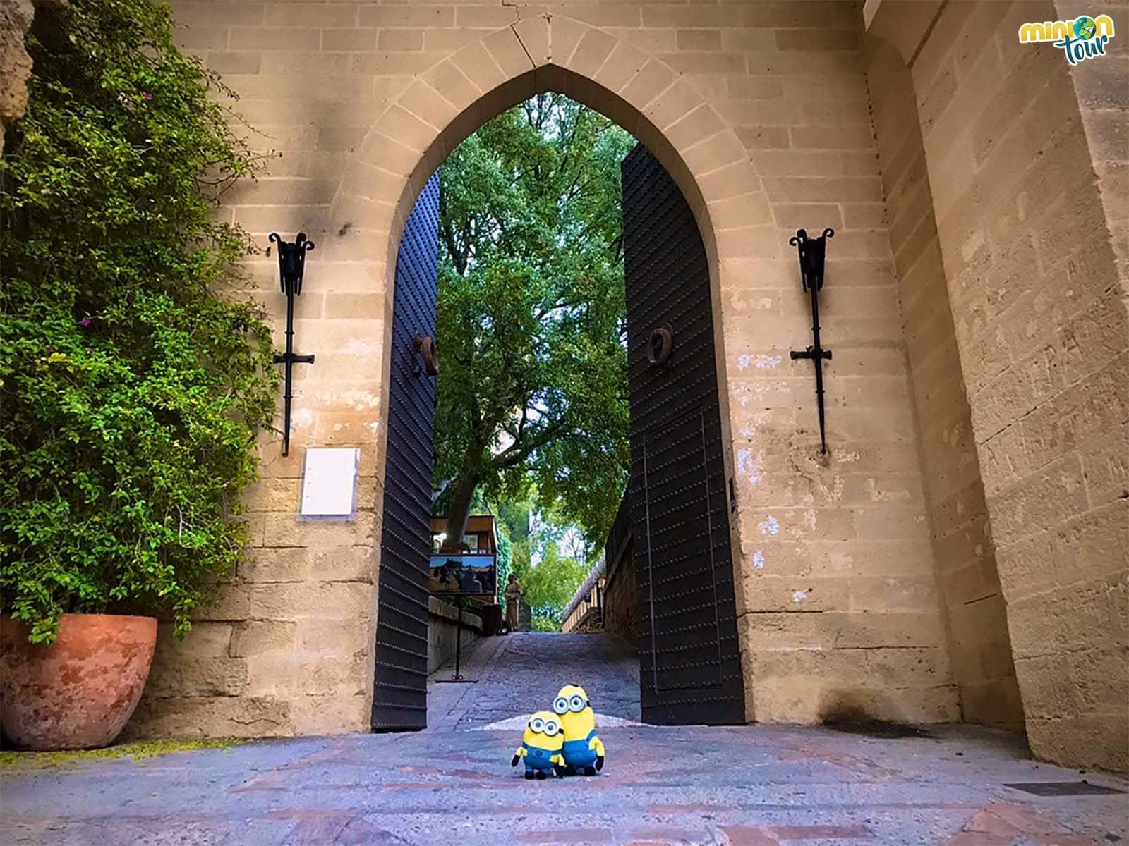 La puerta de entrada del castillo