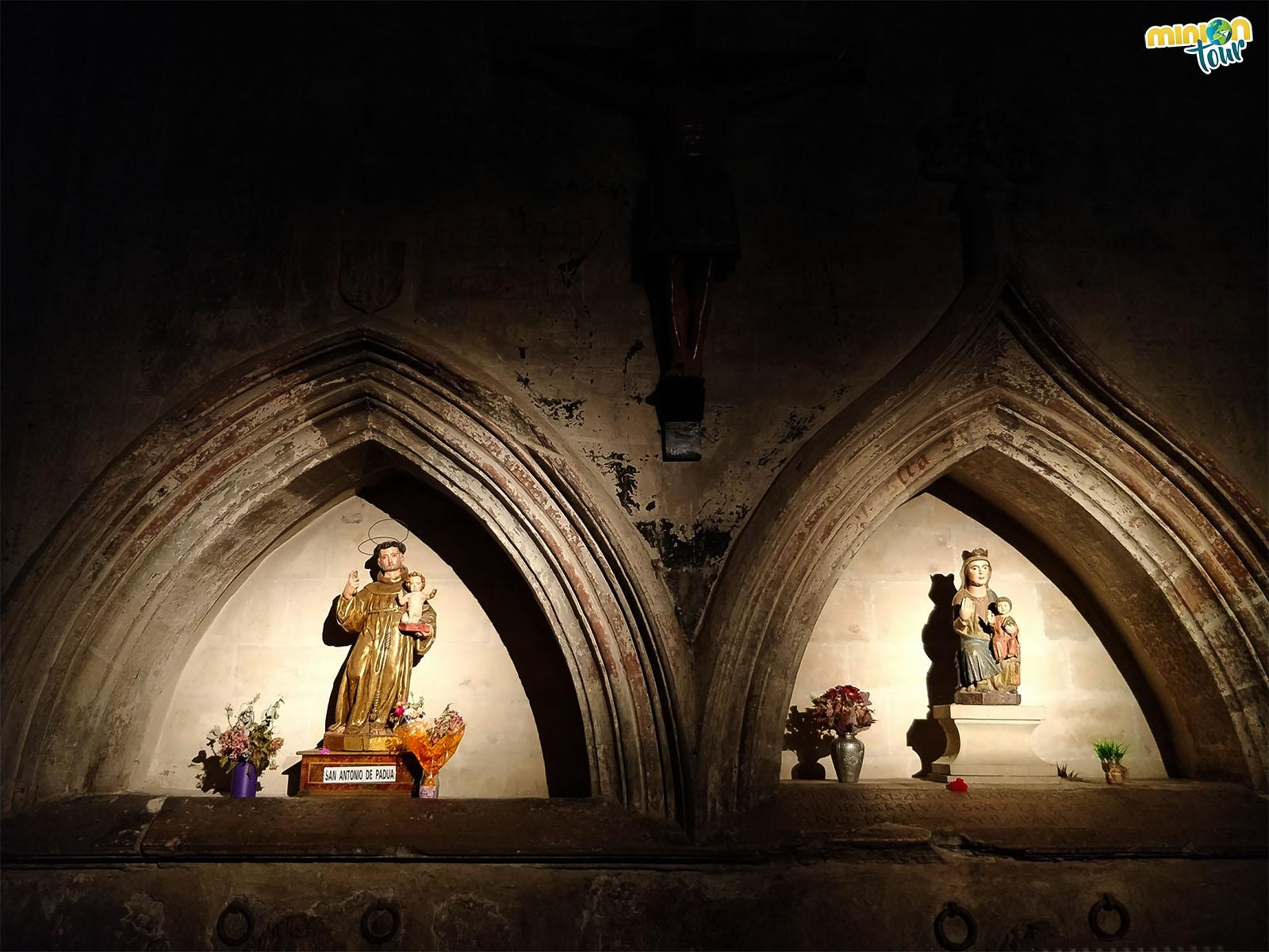 Interior de la Iglesia Imperial de Santa María de Palacio