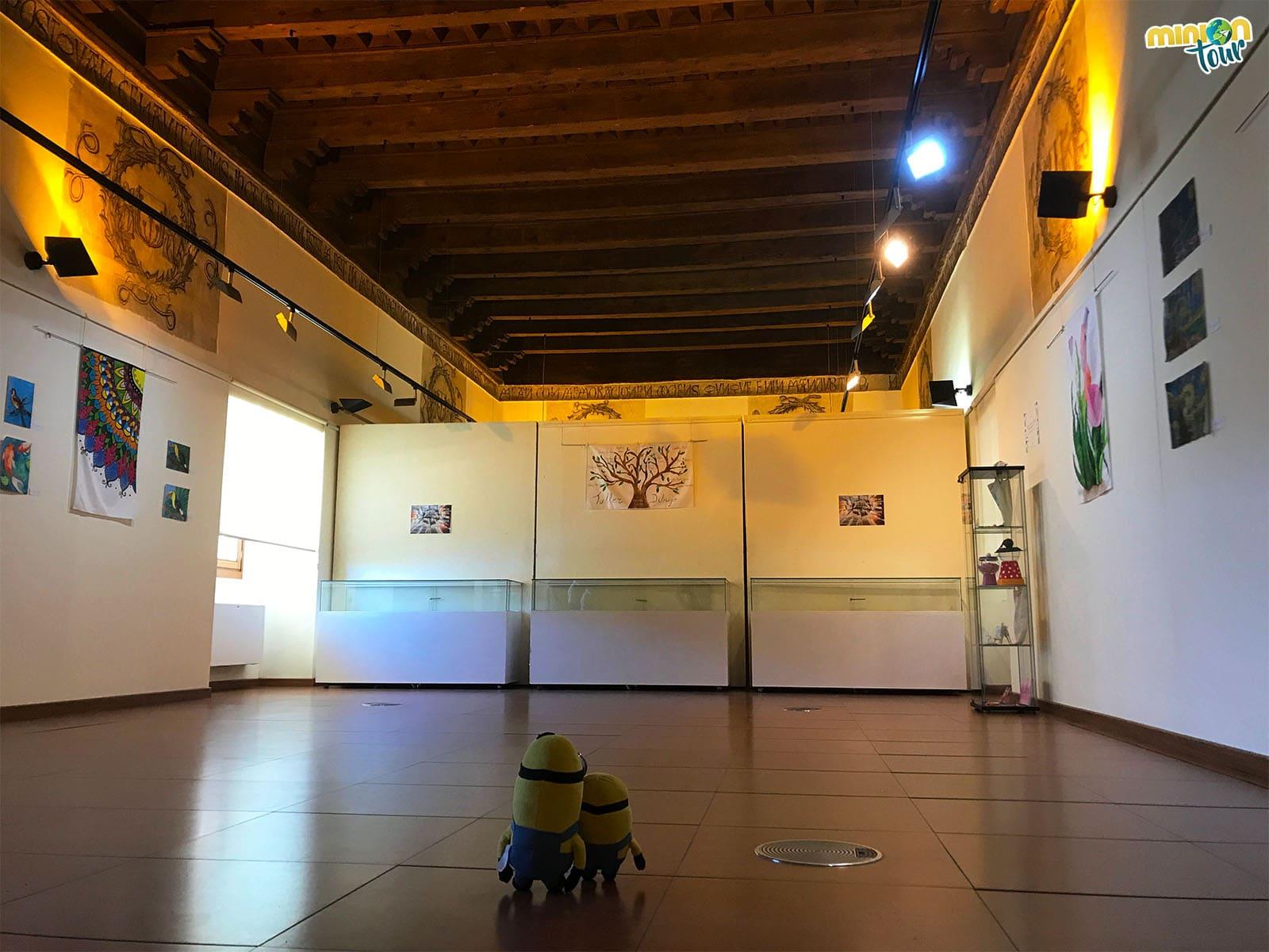 En la Sala del Refectorio del Palacio de Pedro I de Torrijos