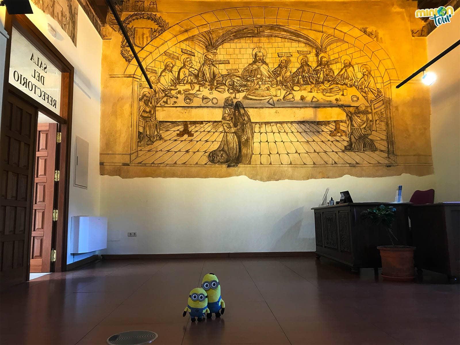 La Sala del Refectorio tiene un mural con mucha historia