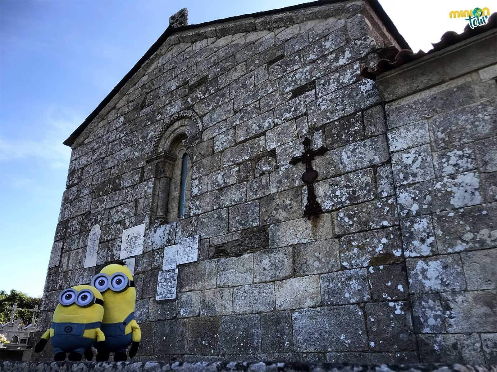 El ábside de la Iglesia de Santa María de Nogueira es plano