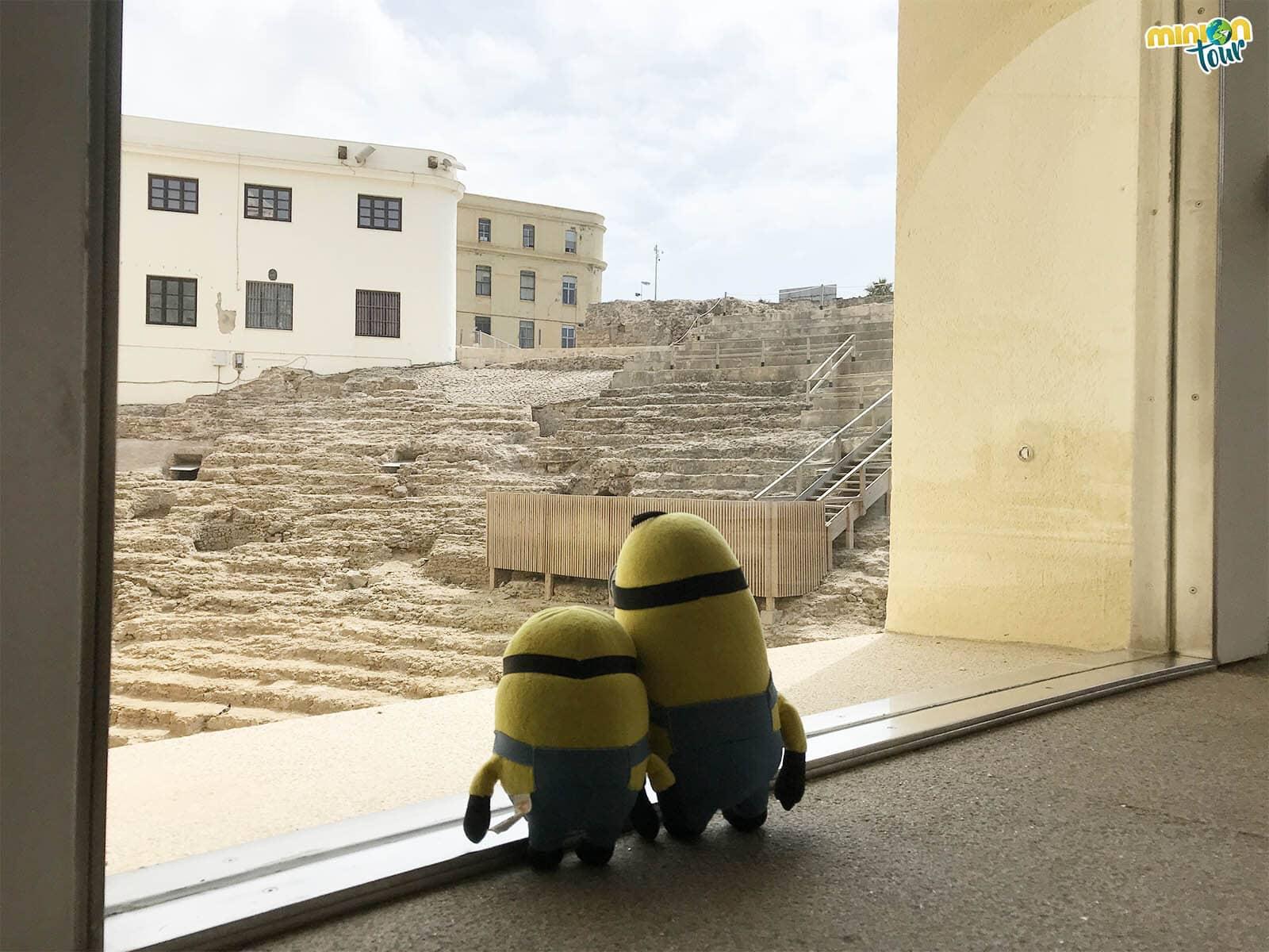 MiniOnTour visita el Teatro Romano de Cádiz
