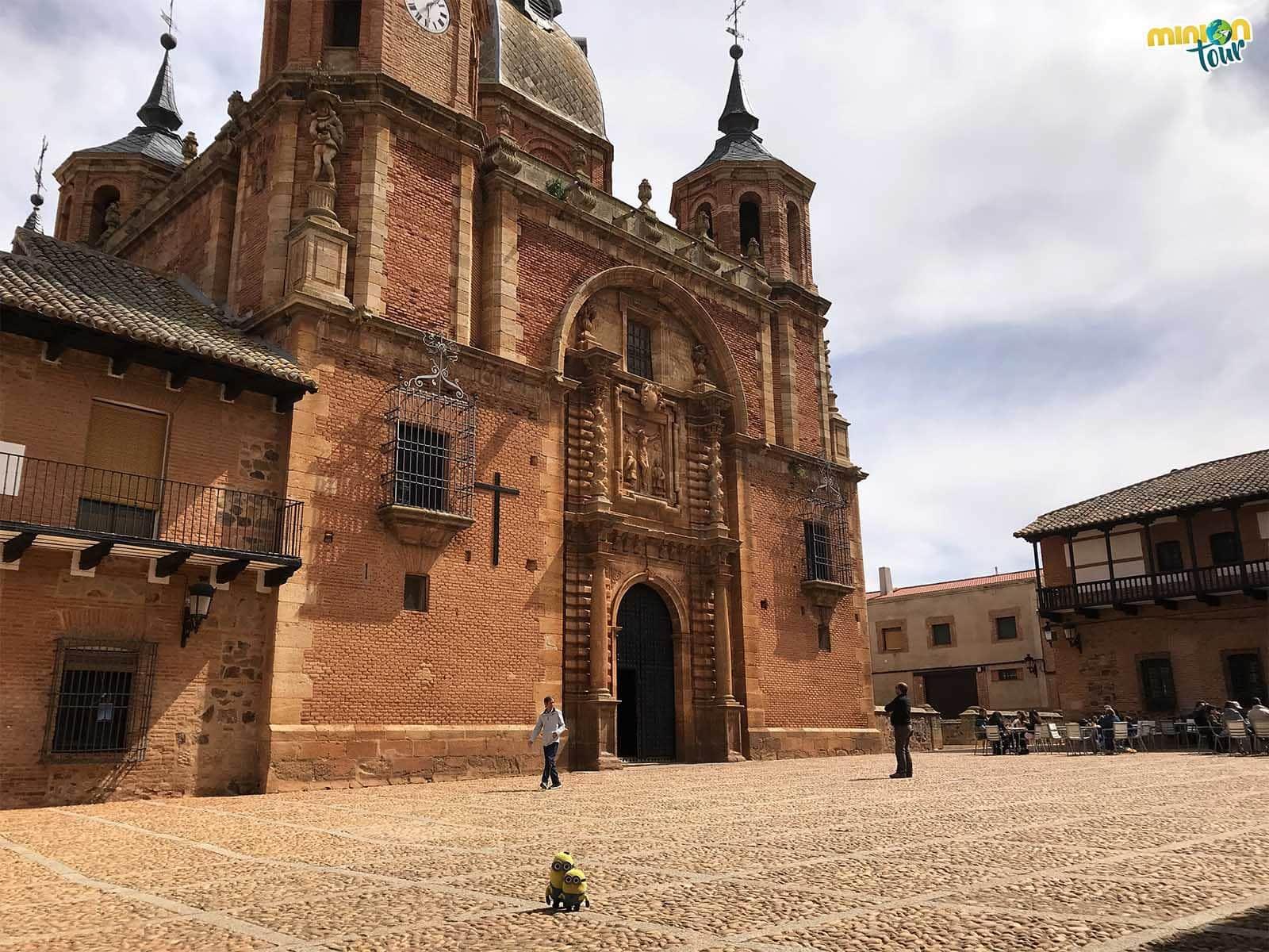 Una de las cosas que tienes que ver en San Carlos del Valle es su iglesia