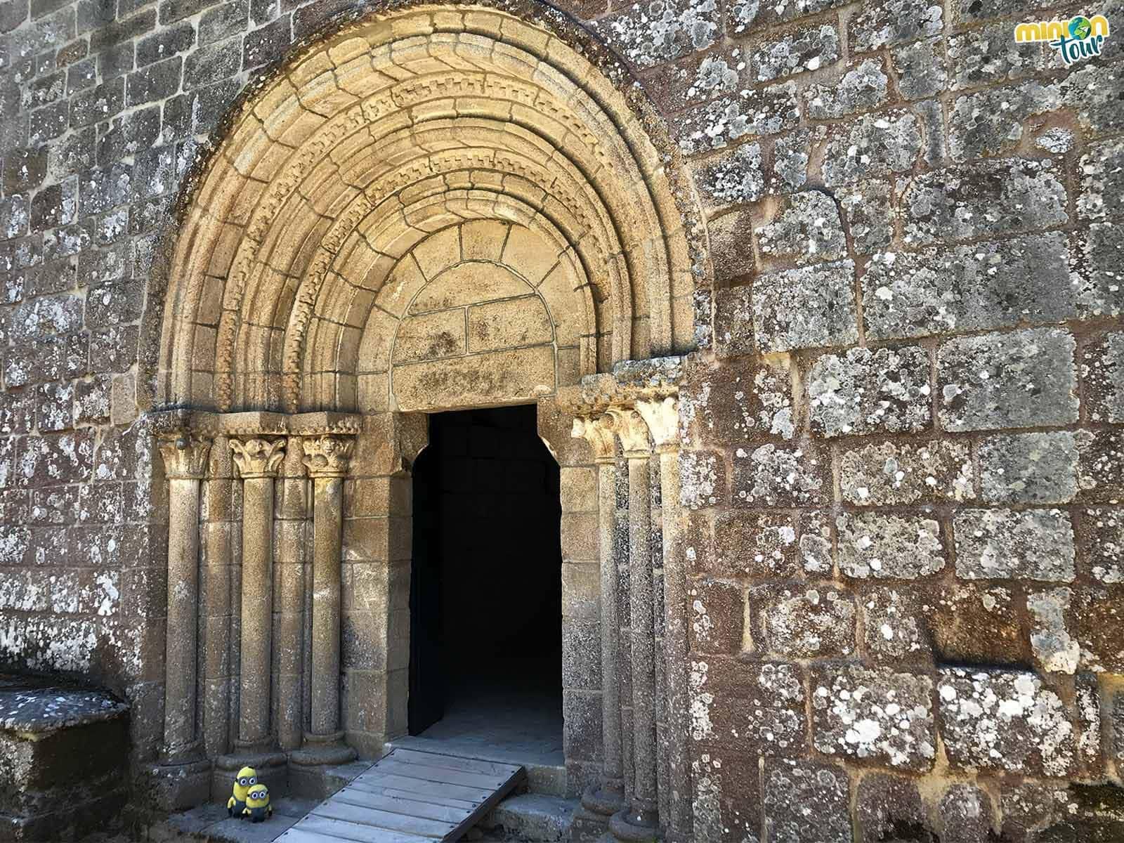 Interpretando la portada románica de la Iglesia del Monasterio de Santa Cristina de Ribas de Sil