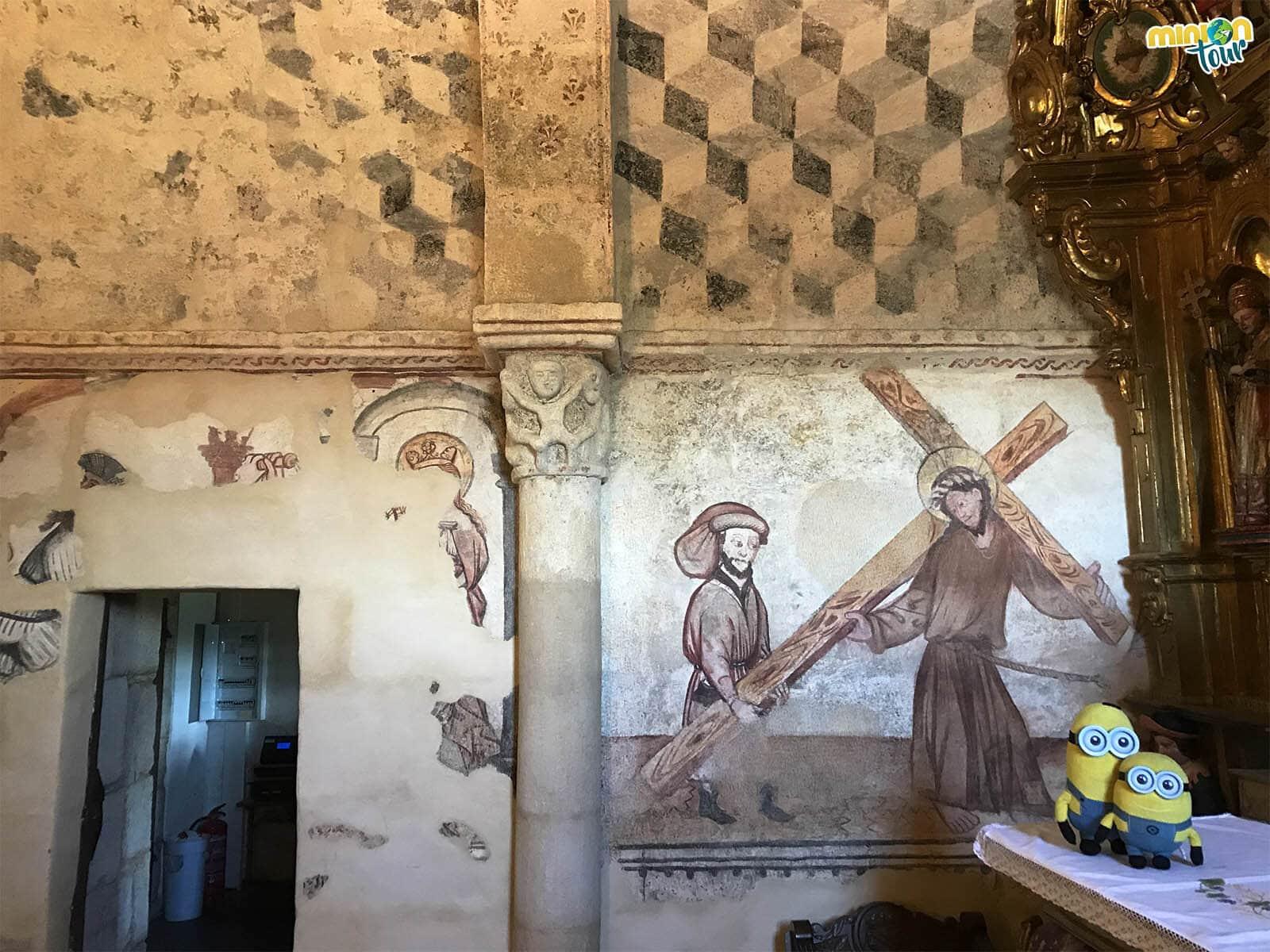 Otra pintura mural de la iglesia