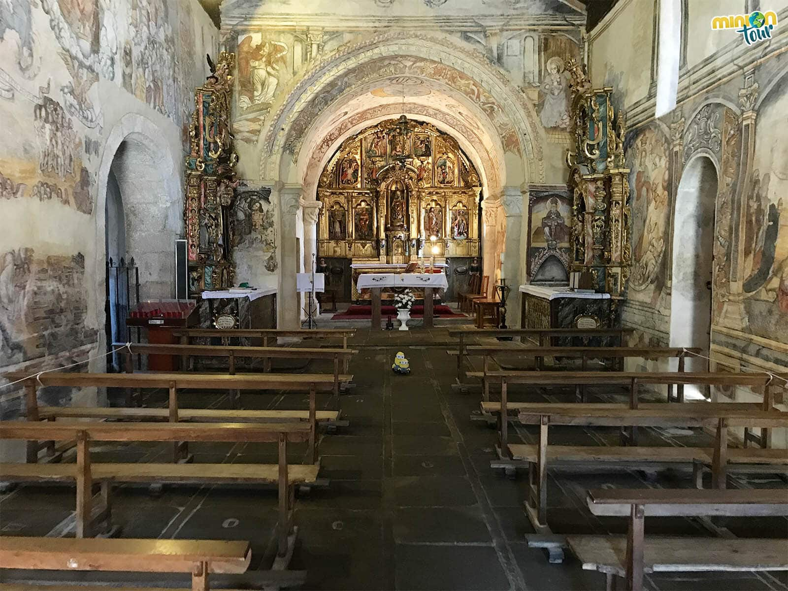 Alucinando con las pinturas murales de la Iglesia de Santa María de Nogueira