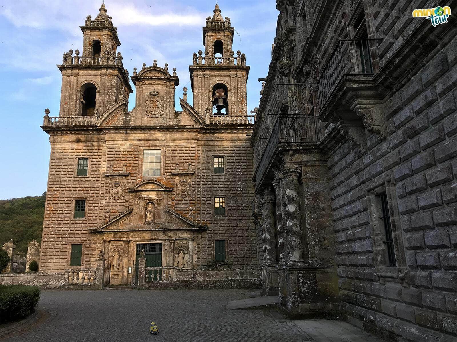 Cotilleando los exteriores de Monasterio de Oseira
