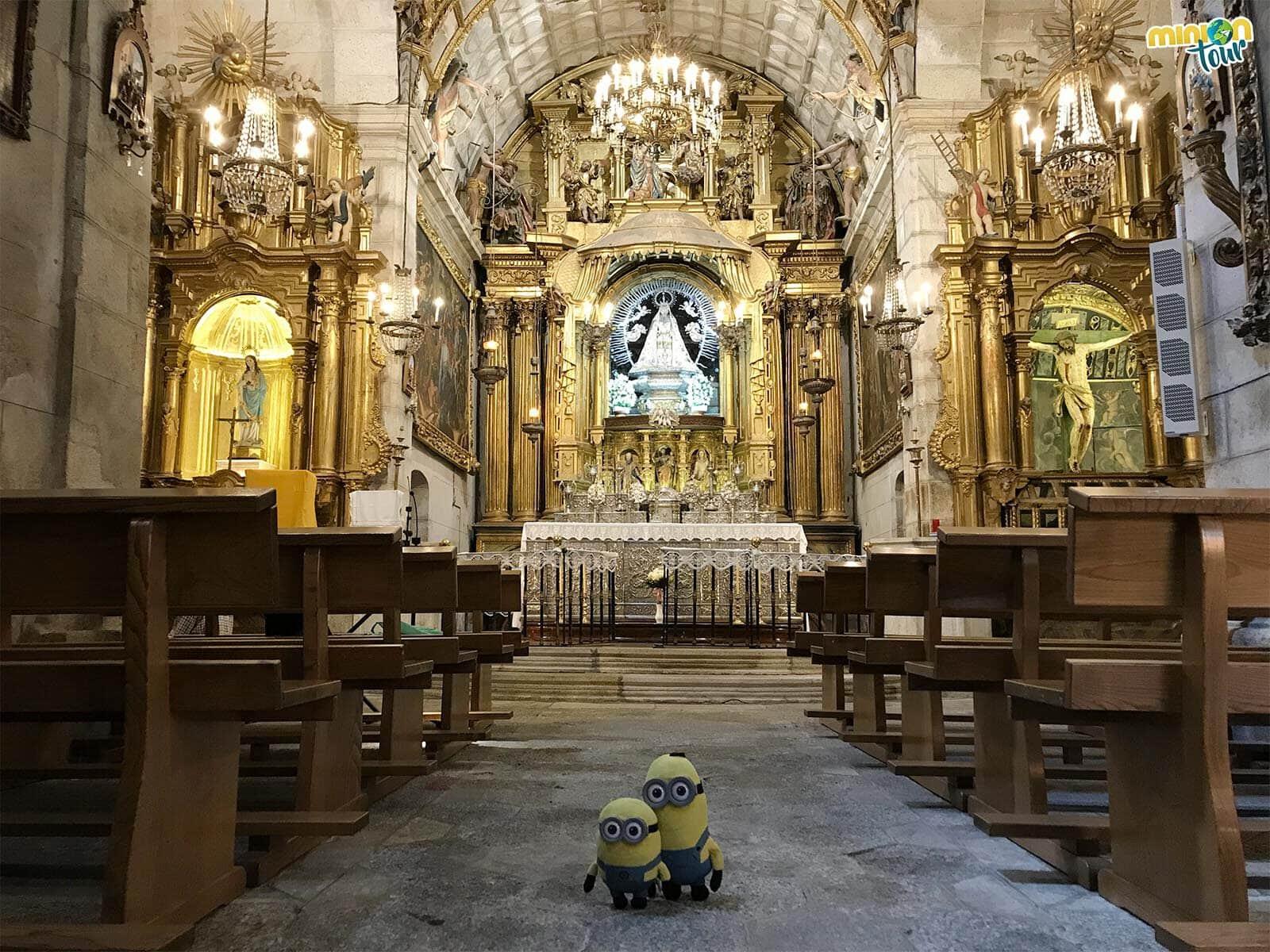 Saludando a la Virgen de Las Ermitas