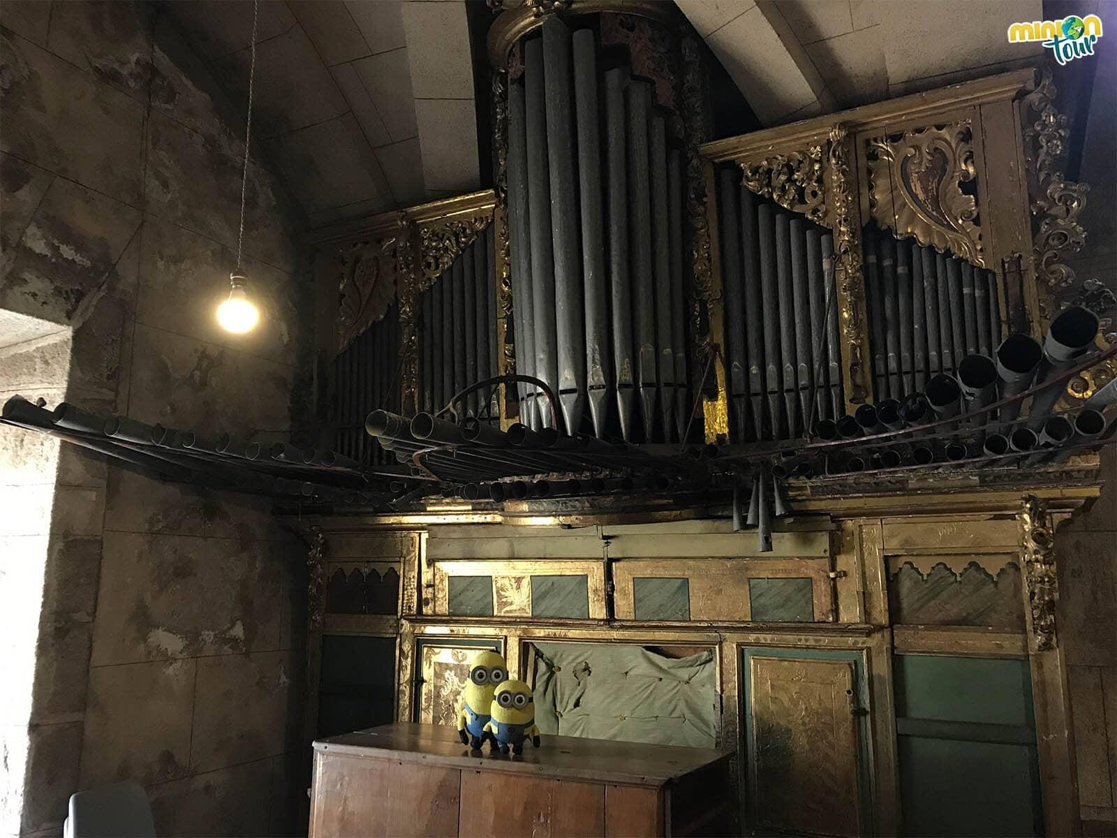 Intentando dar un concierto de órgano