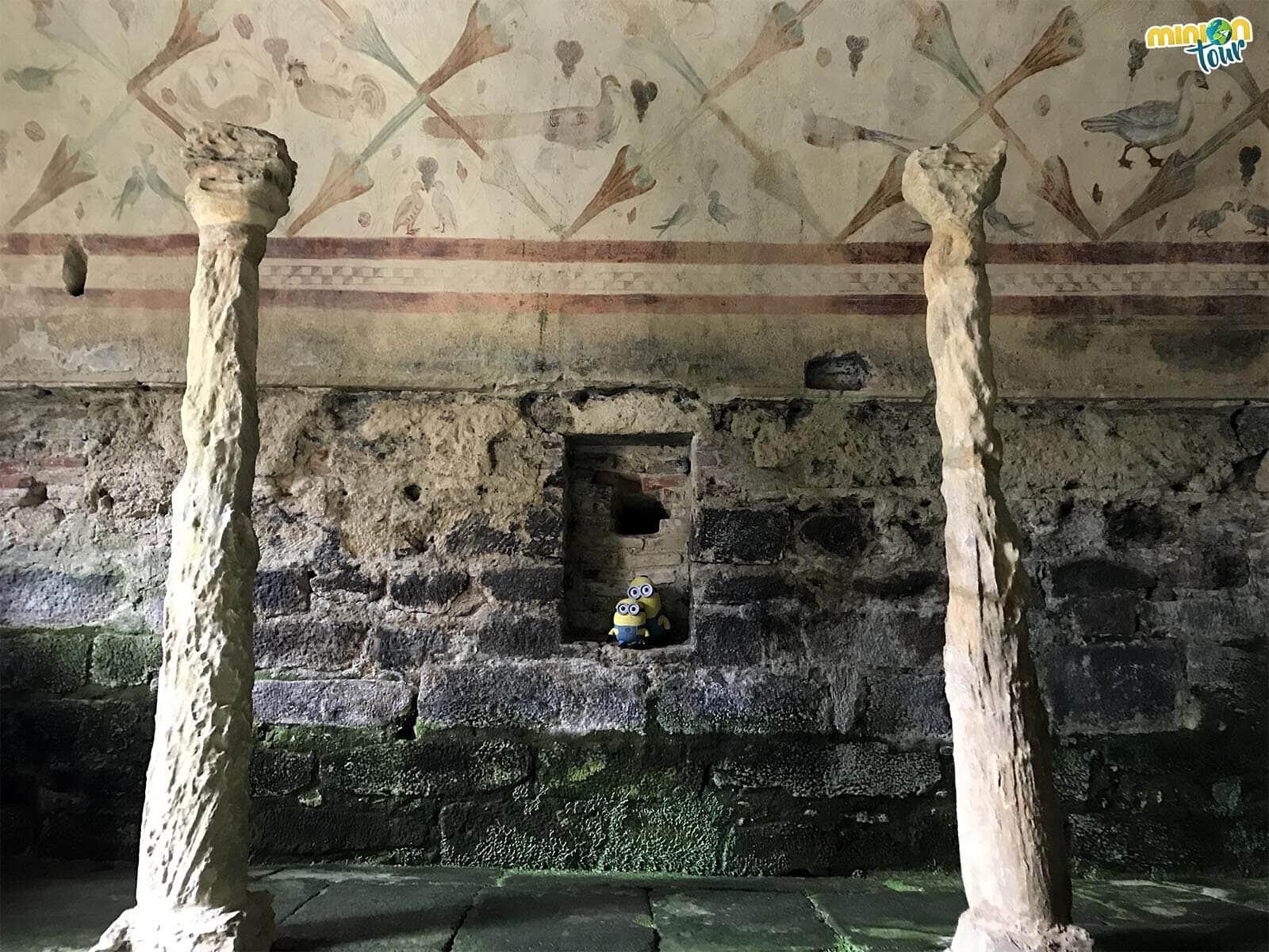 Estamos alucinando con las pinturas de Santa Eulalia de Bóveda