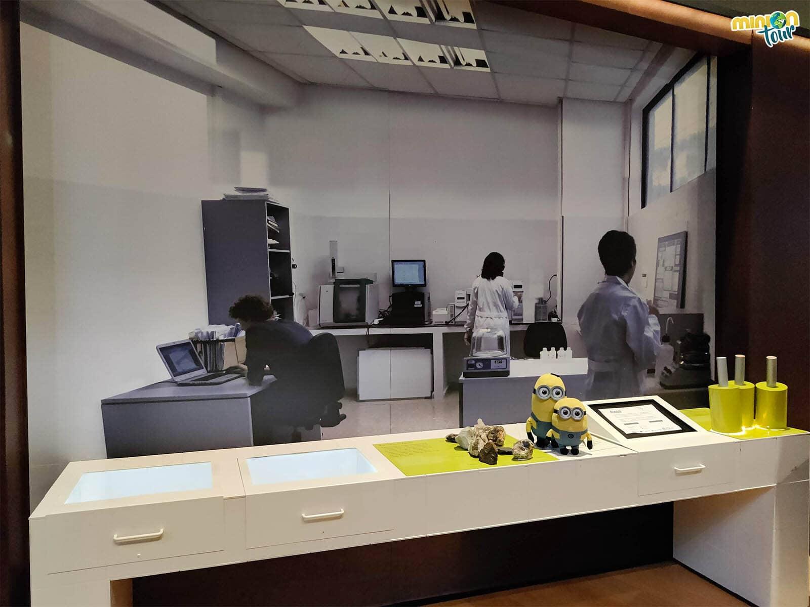 Nos hemos colado en el laboratorio para seguir investigando