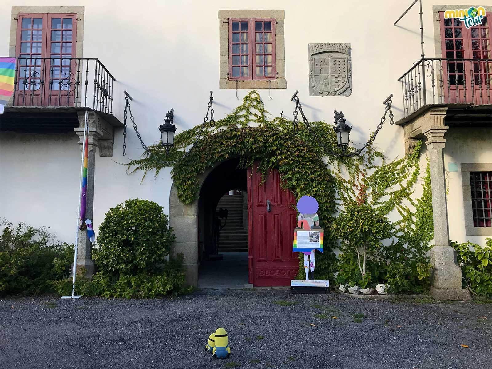 Los Minions vistan el Pazo de Tor en Monforte de Lemos