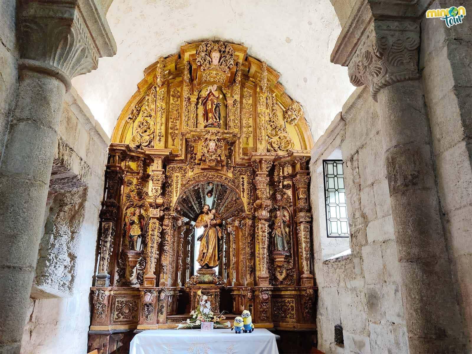 Saludando a San José en la Iglesia de Santa María de Meira
