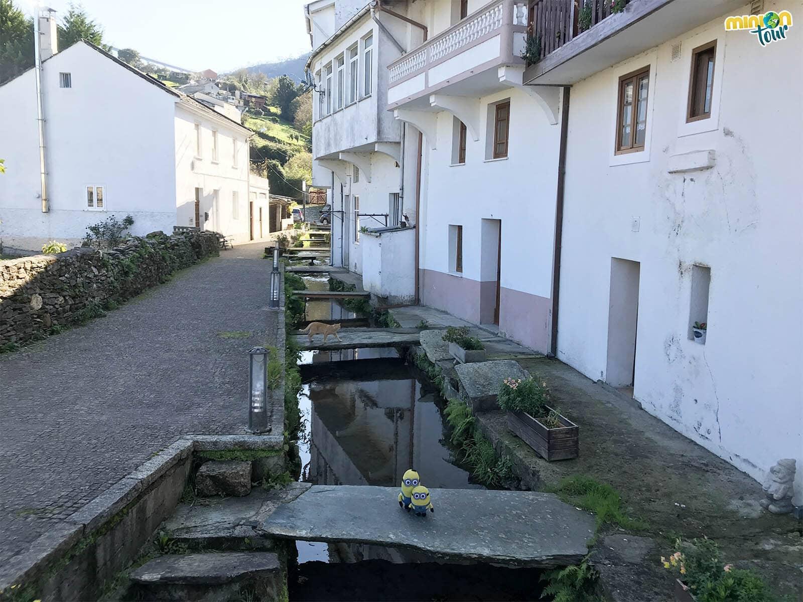 Los canales es otra de las cosas que tienes que ver en el Barrio de los Molinos de Mondoñedo