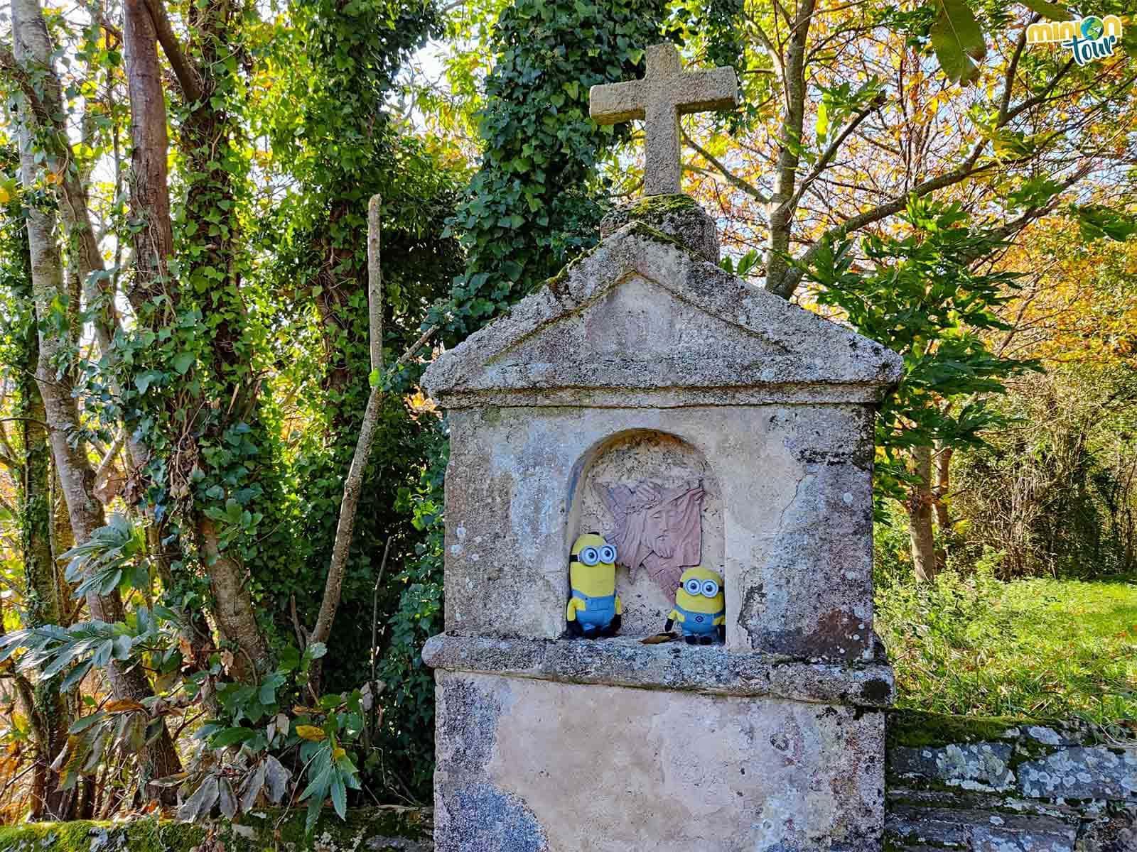 En uno de los pasos del viacrucis de Os Picos en Mondoñedo