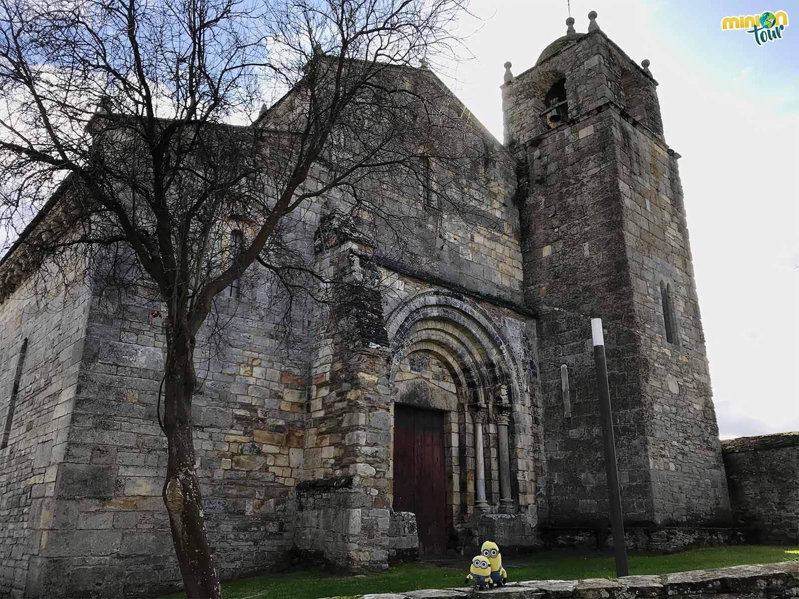 La fachada de la Basílica de San Martín de Mondoñedo nos tiene anonadados