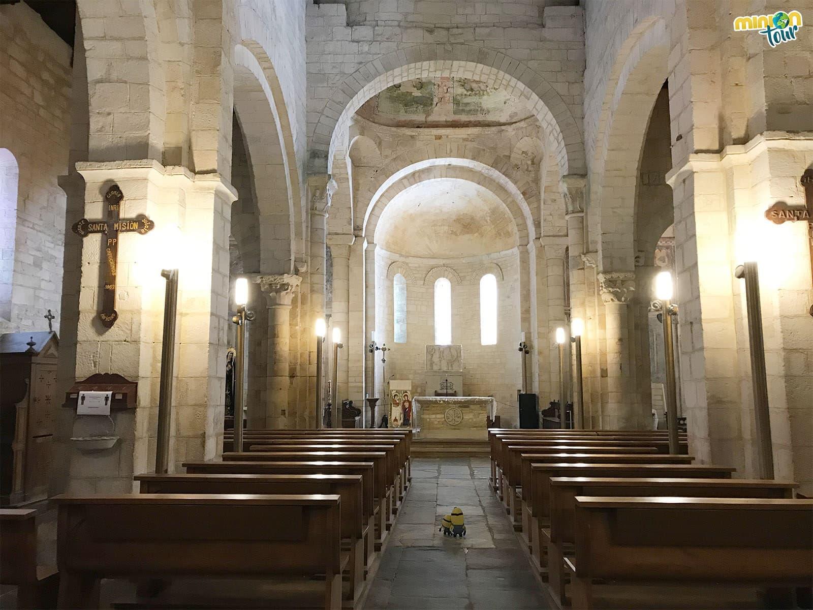Minions en la Basílica de San Martiño de Mondoñedo