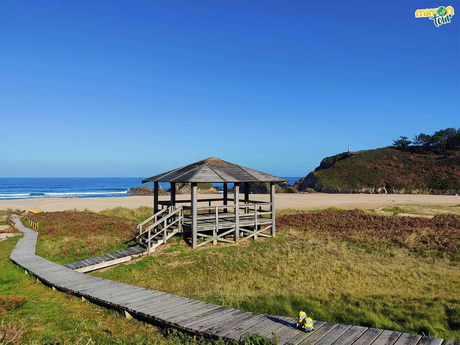 Vamos a ver un refugio de la Playa de San Román