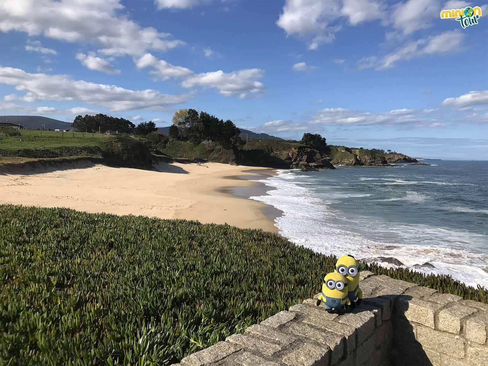 Minions de ruta por la costa de Lugo