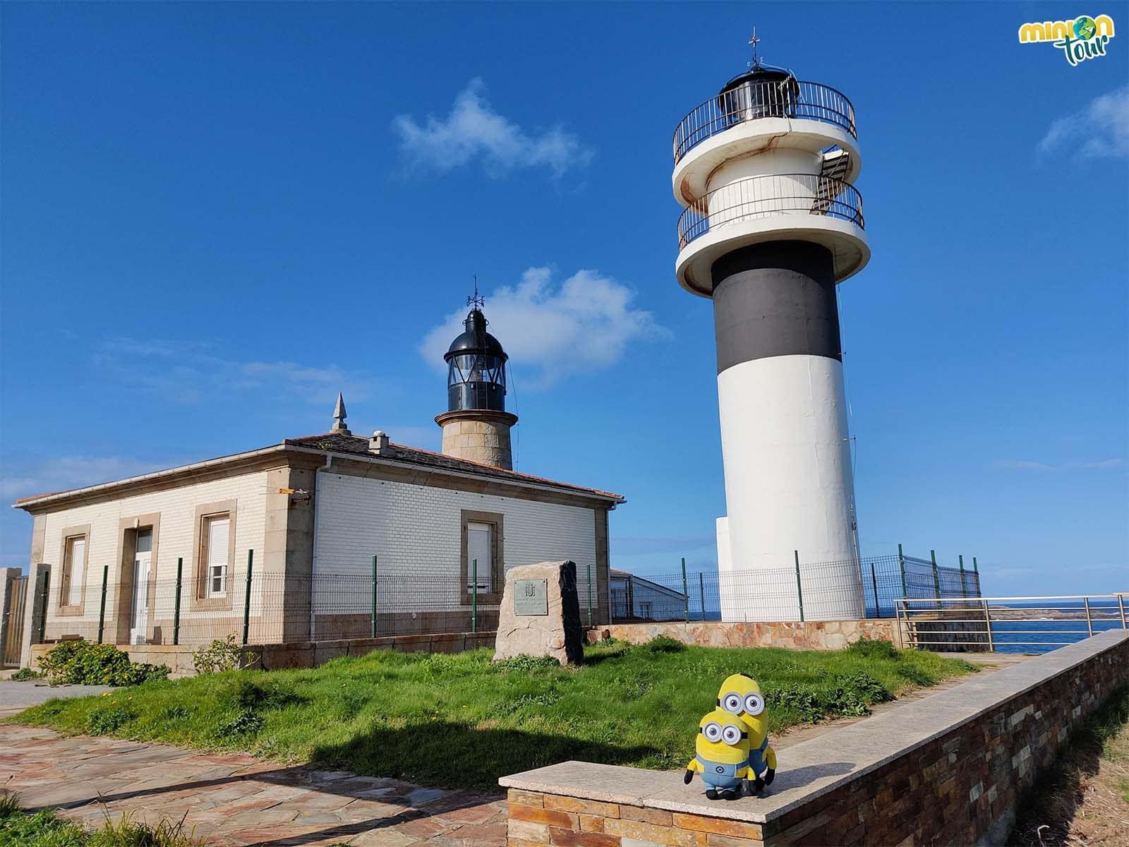 Los dos faros de Punta Atalaya de San Cibrao